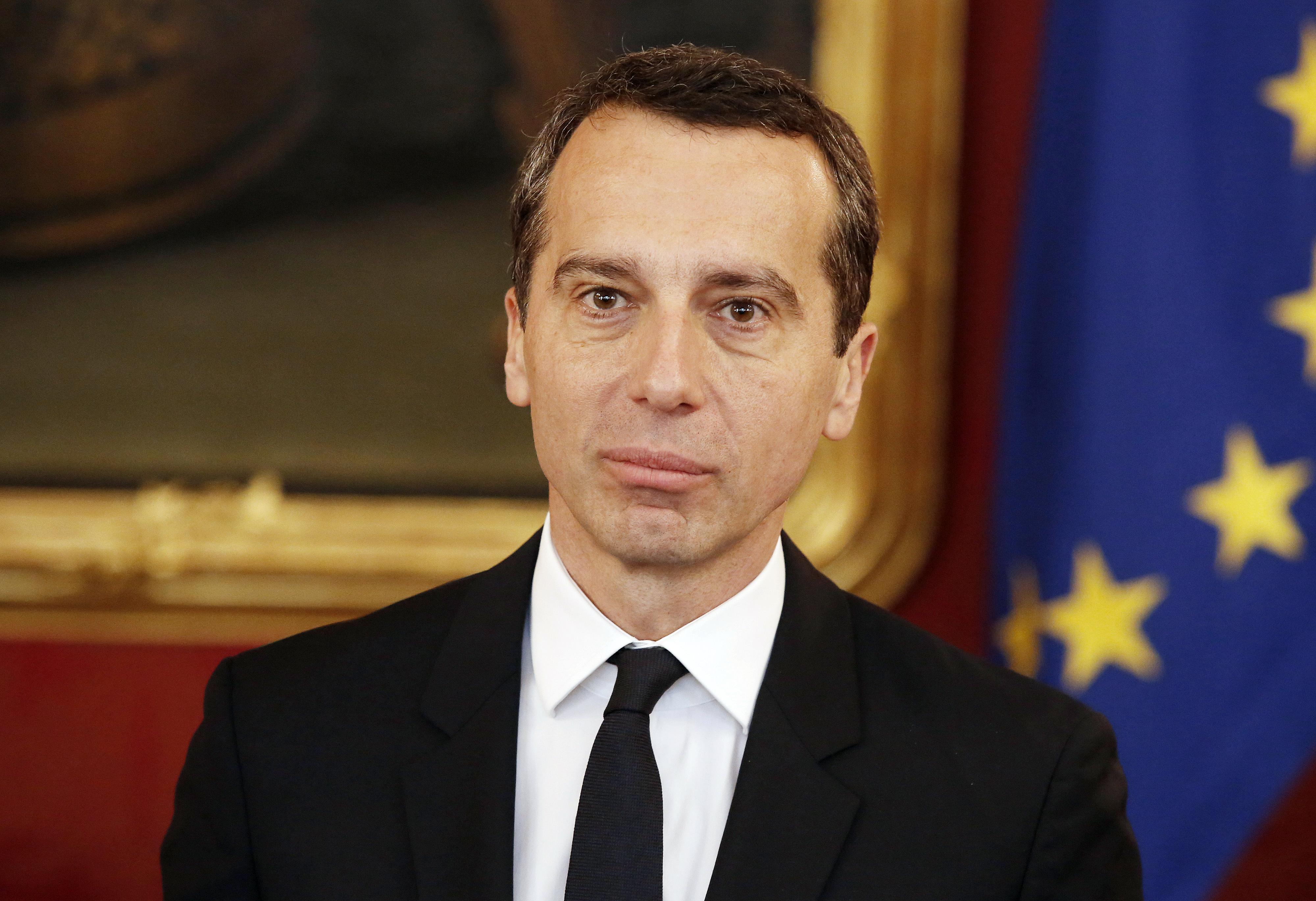 Az új osztrák kancellár máris nekiment a vezérelvű Orbánnak