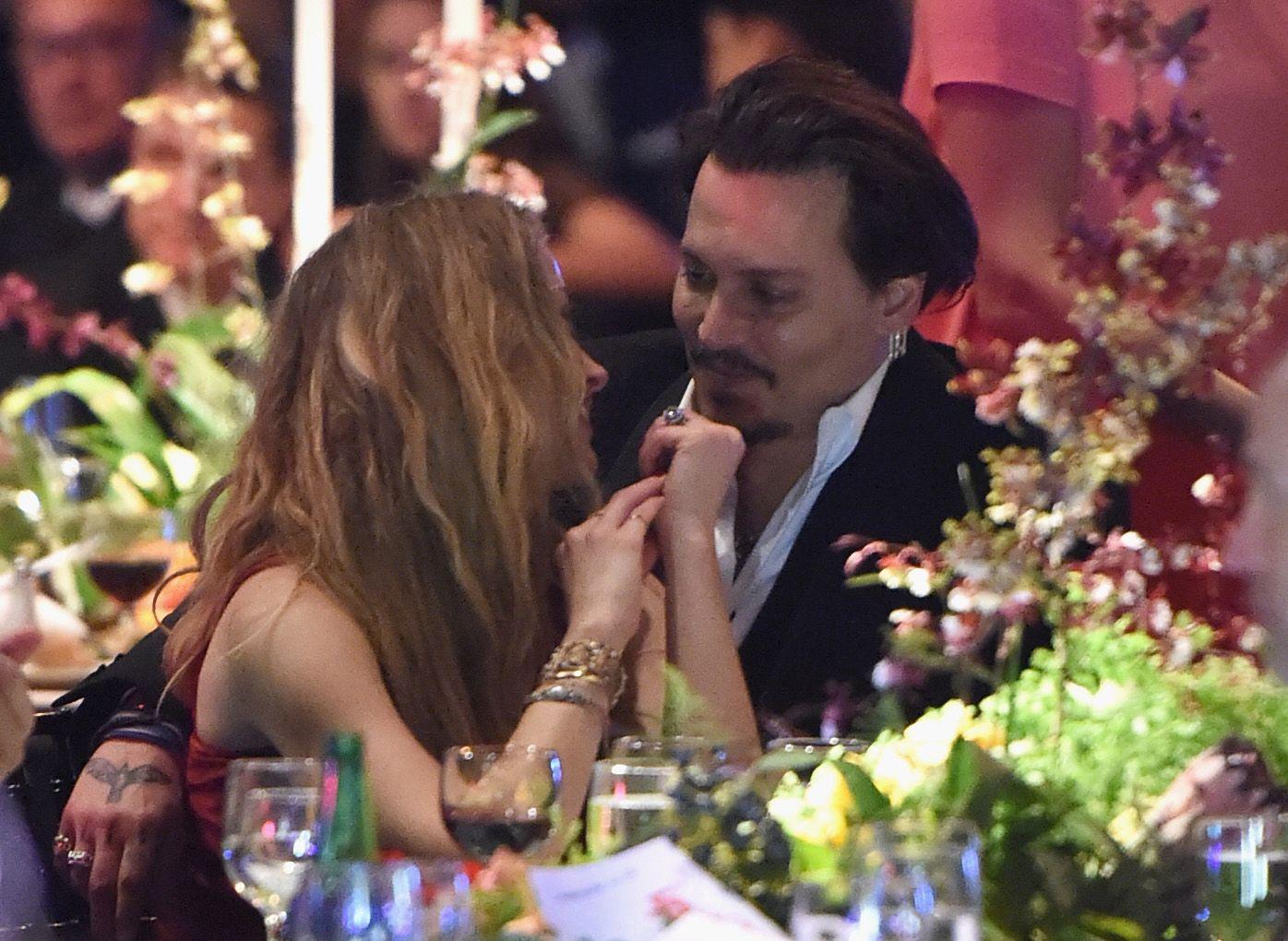 Johnny Depp vesztett a Sun ellen indított rágalmazási ügyben