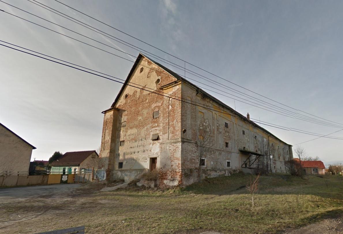 Ha valakiben esetleg felmerülne a kérdés, hogy milyen ingatlant vett még tavaly a turai kastélyt megszerző, Tiborczhoz köthető cég...