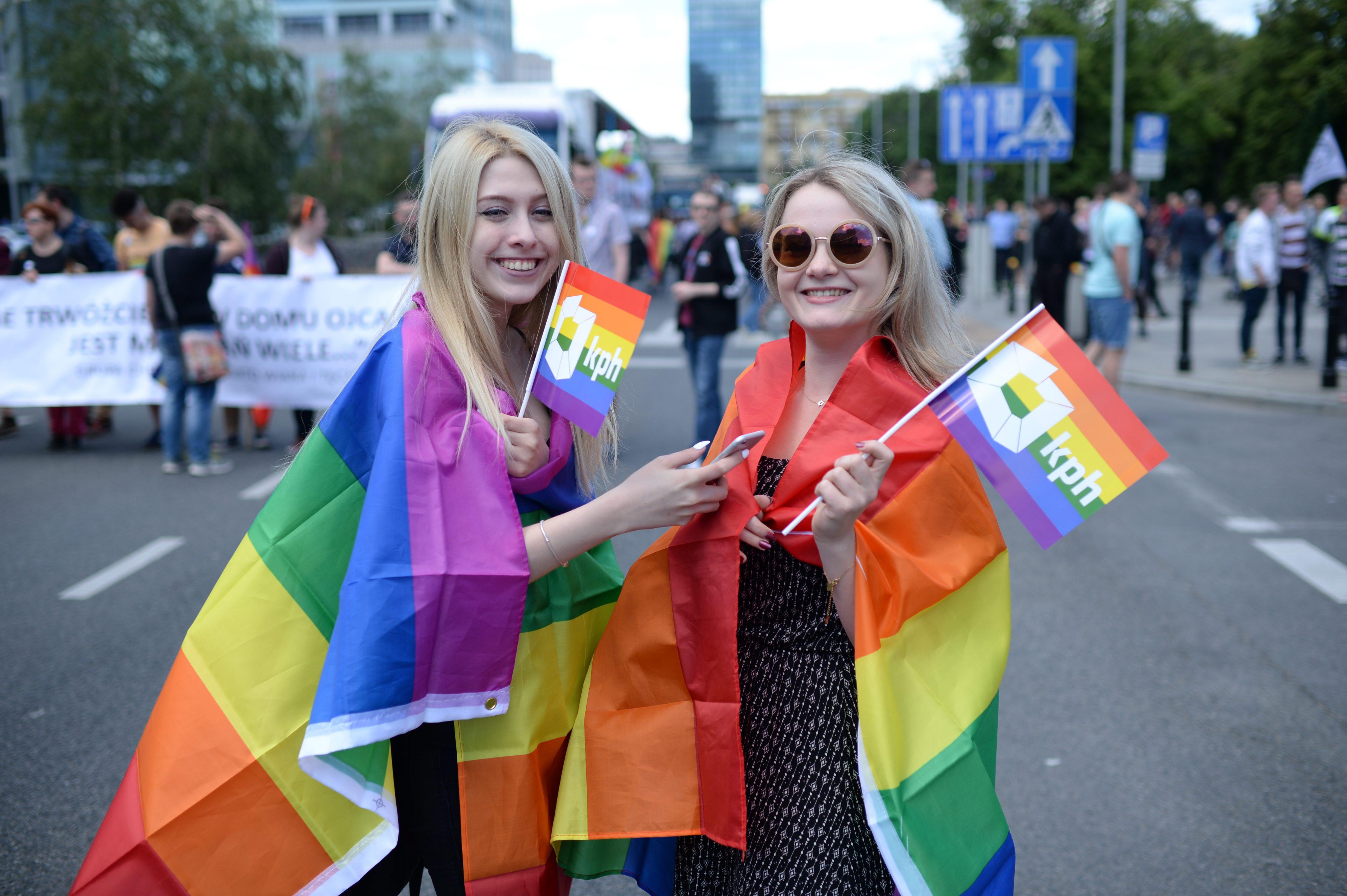 Egyre több azonos nemű pár nevel gyereket Magyarországon
