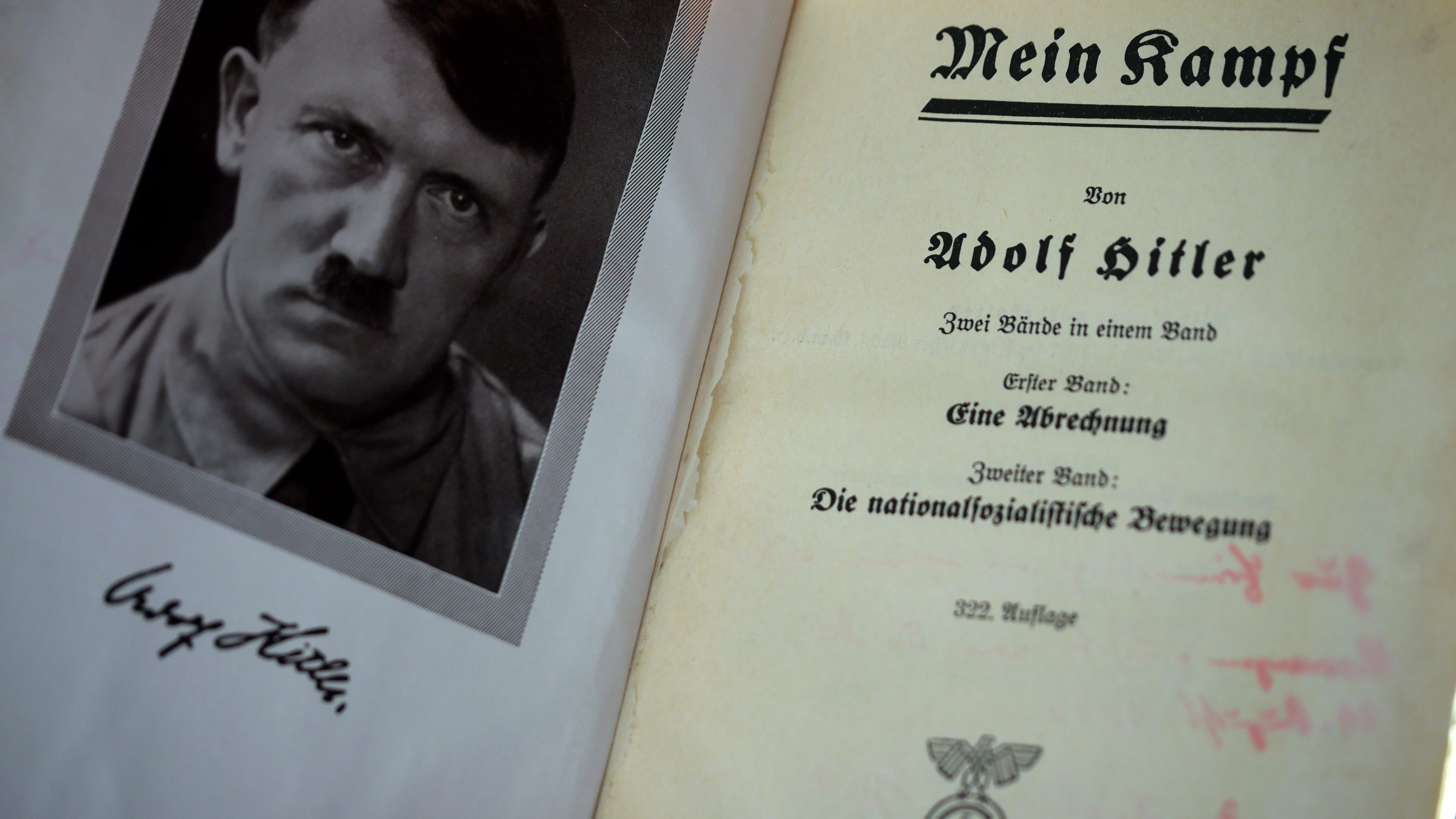 Az Amazon betiltotta a Mein Kampf legtöbb kiadásának árusítását