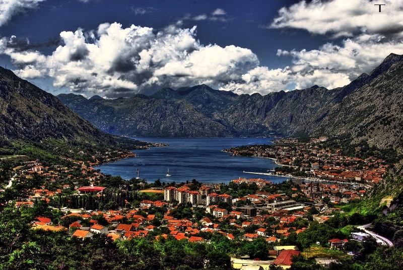 Pokolgépes drogleszámolás az adriai magyar turisták egyik kedvenc helyén, Kotorban