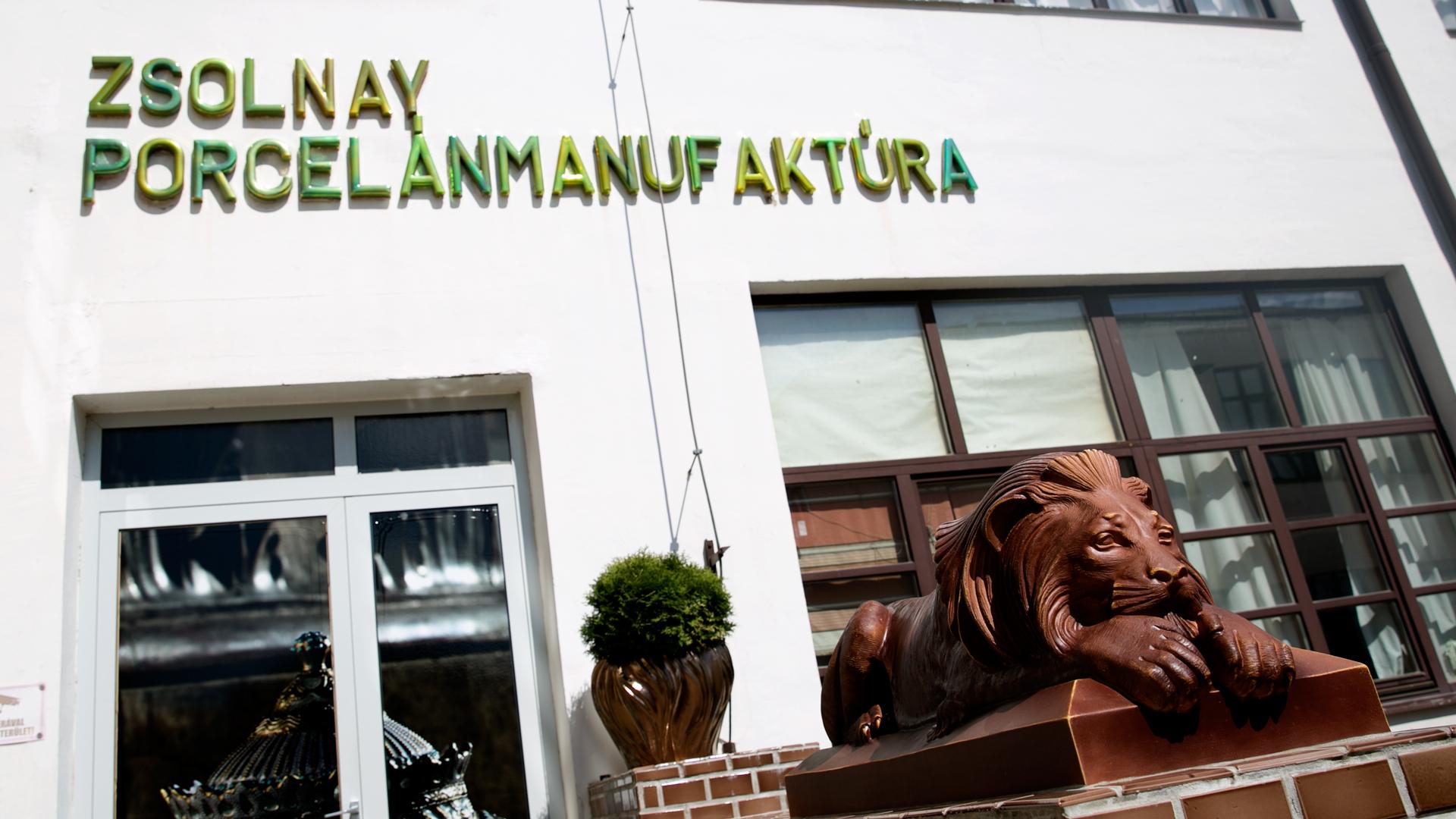 Megszüntették a felszámolást Zsolnay Porcelánmanufaktúra ellen