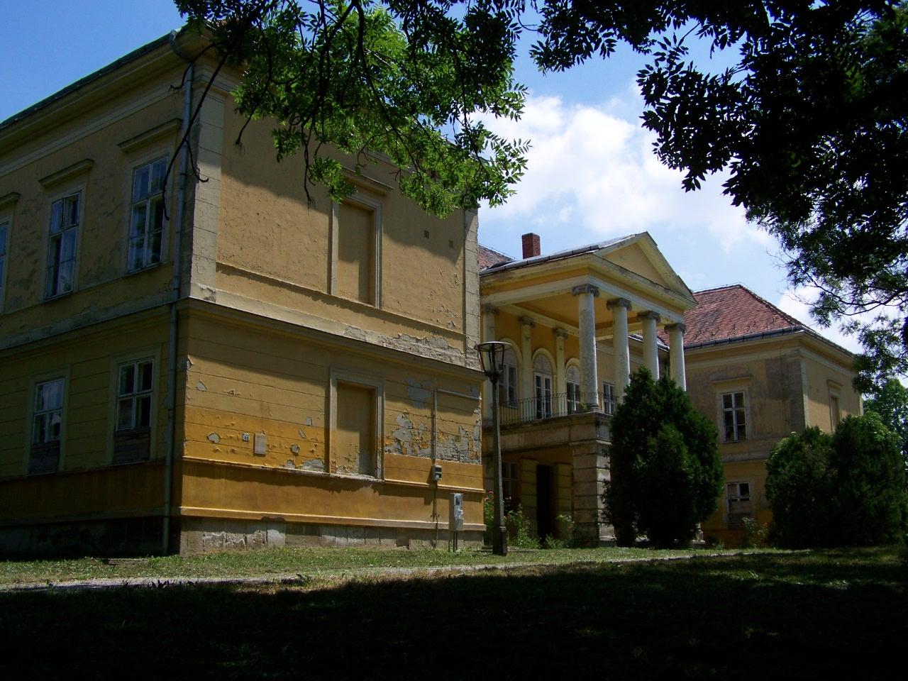 Újabb kastély került a Tiborczhoz köthető cégcsoport kezébe