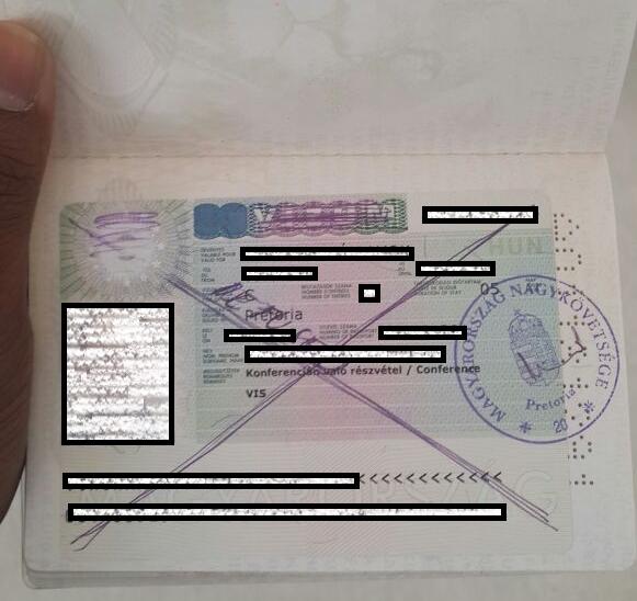 Kétszáz hamis útlevelet állíthatott ki egy okmányirodai ügyintéző
