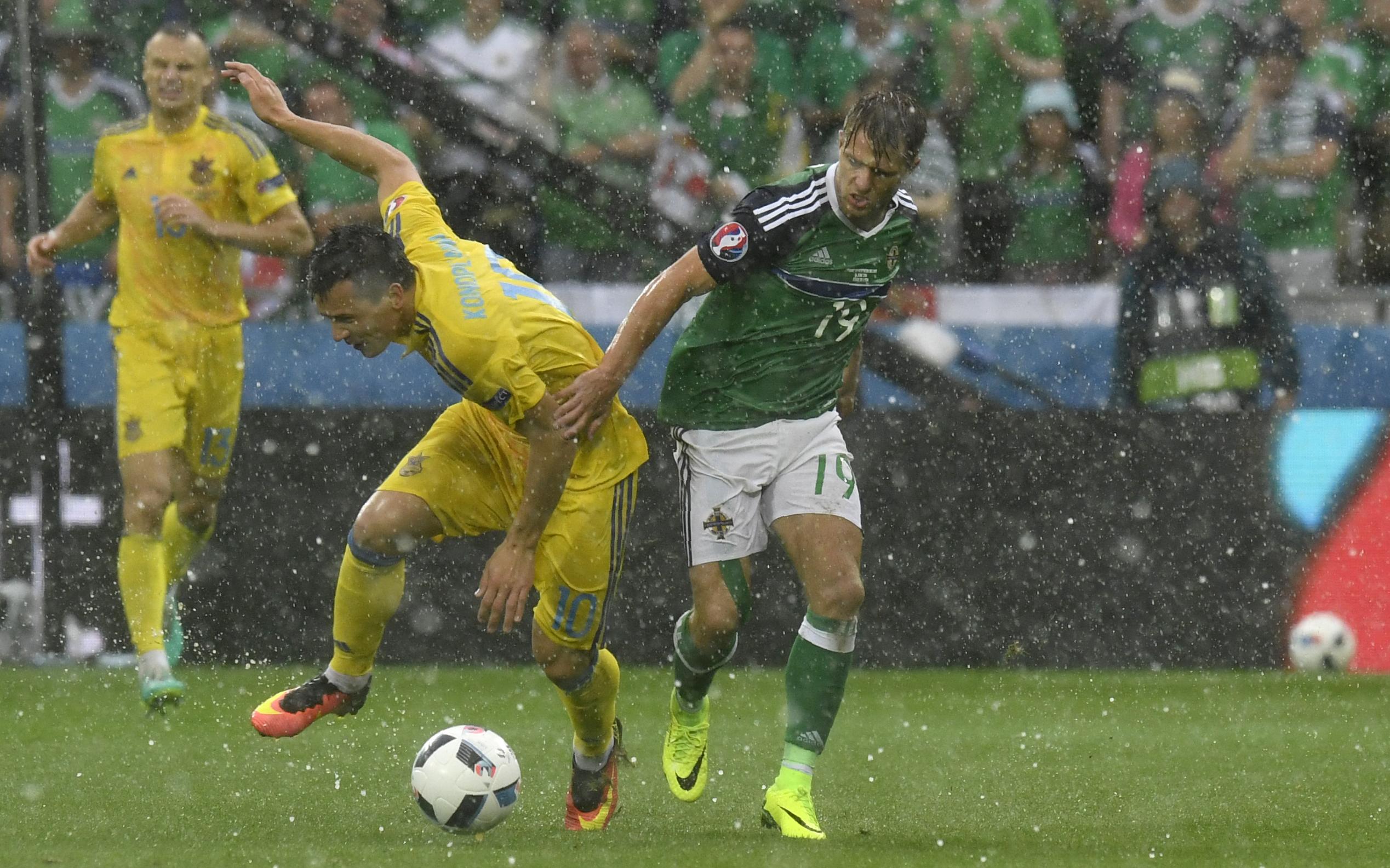 Észak-Írország 2-0-ra legyőzte Ukrajnát