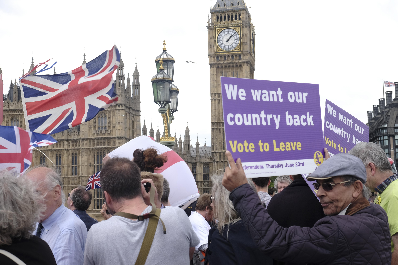 A brit belügy véletlenül kiküldött vagy 100 levelet, amiben deportálással fenyegettek EU-s állampolgárokat