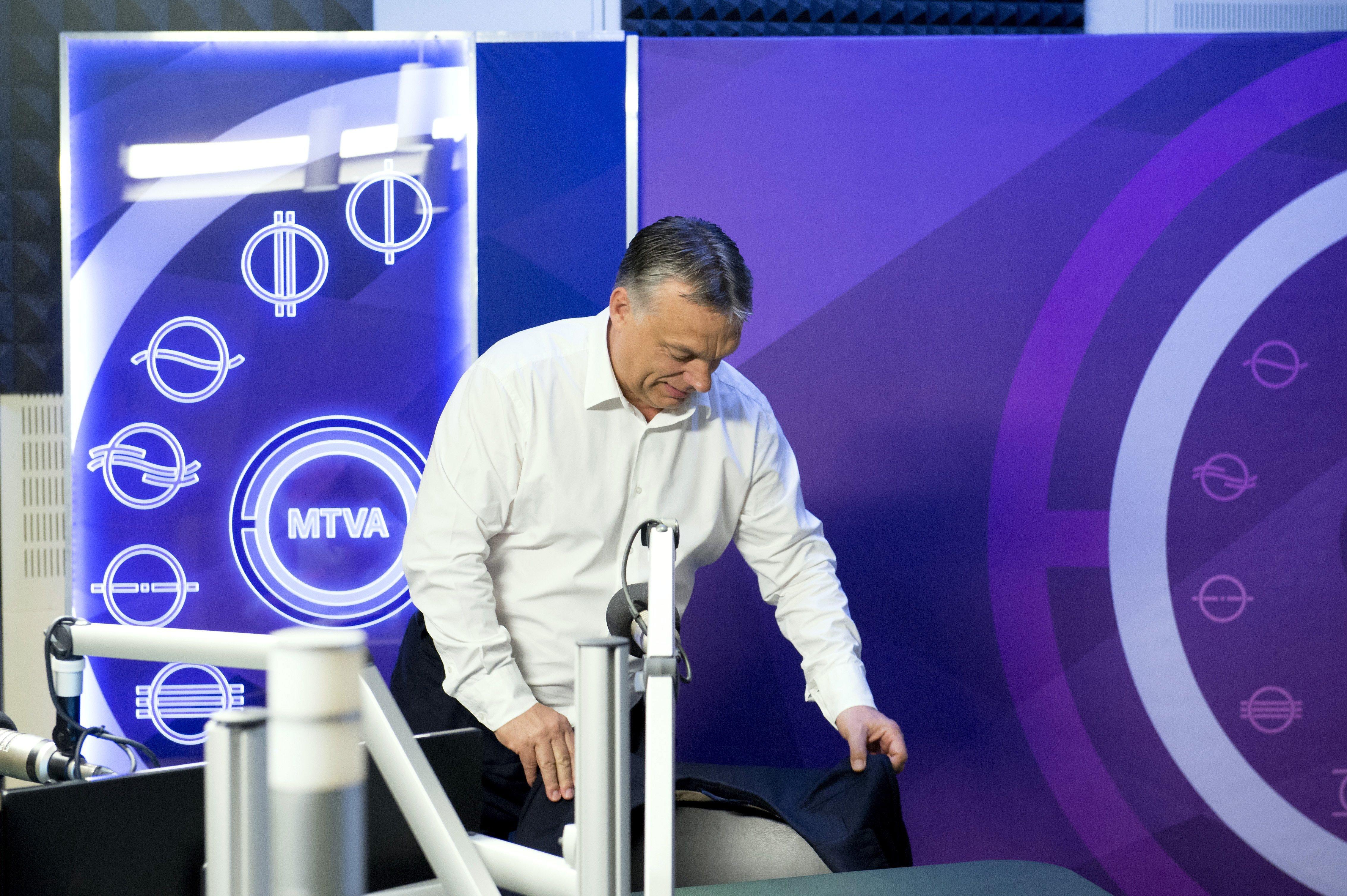 Orbán nem akar Portik-ügyről beszélni Rogánnal