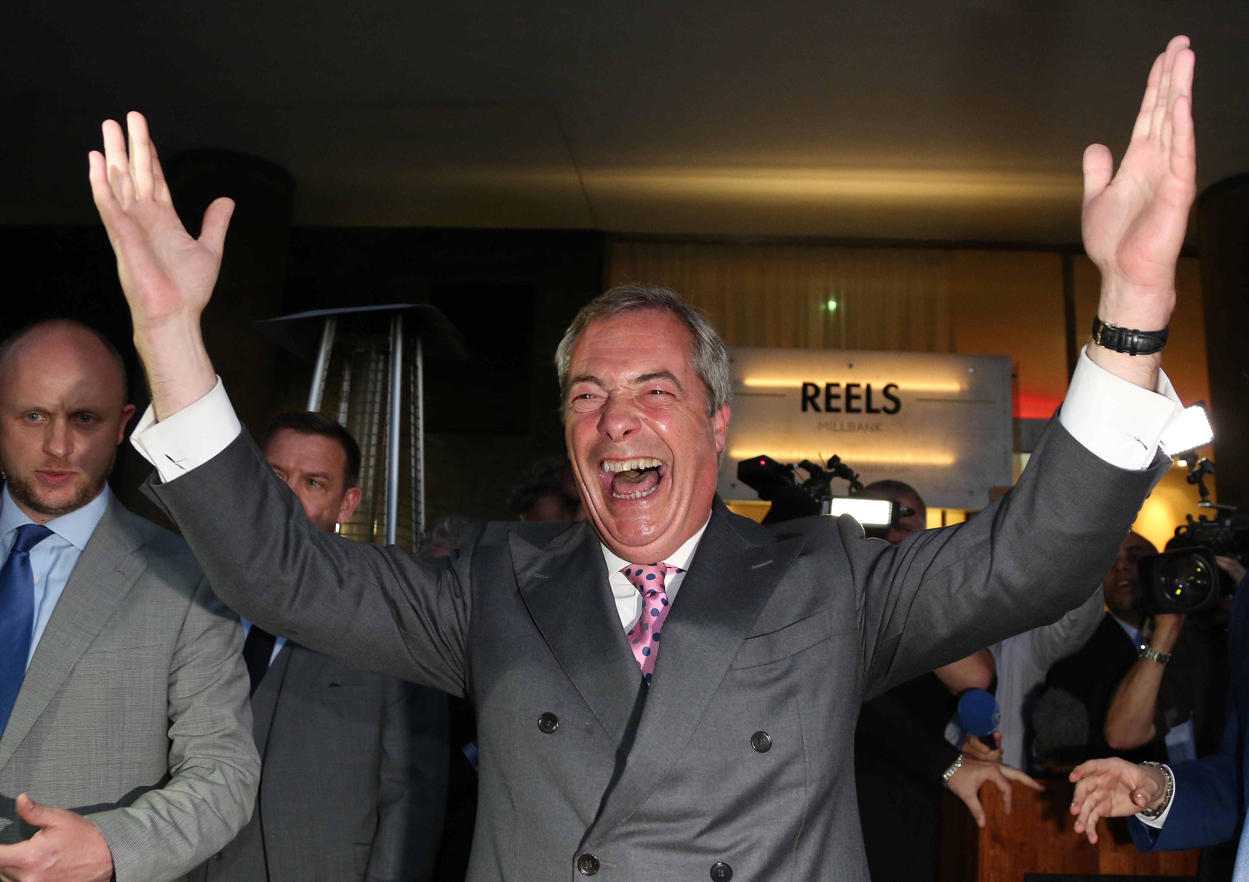 Farage szívesen szerepet vállalna egy Trump-kormányban