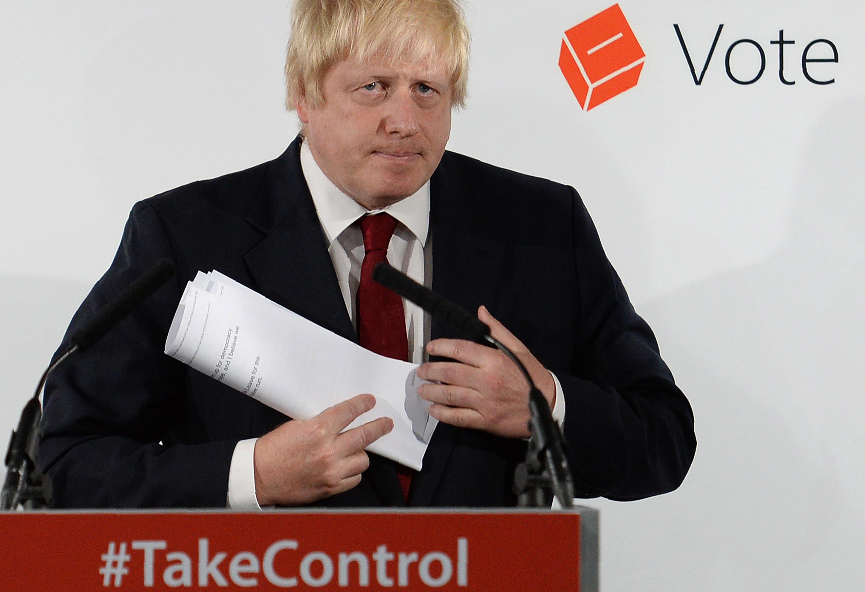 Boris Johnson azt mondja, nem indul konzervatív pártelnöknek, sem miniszterelnöknek