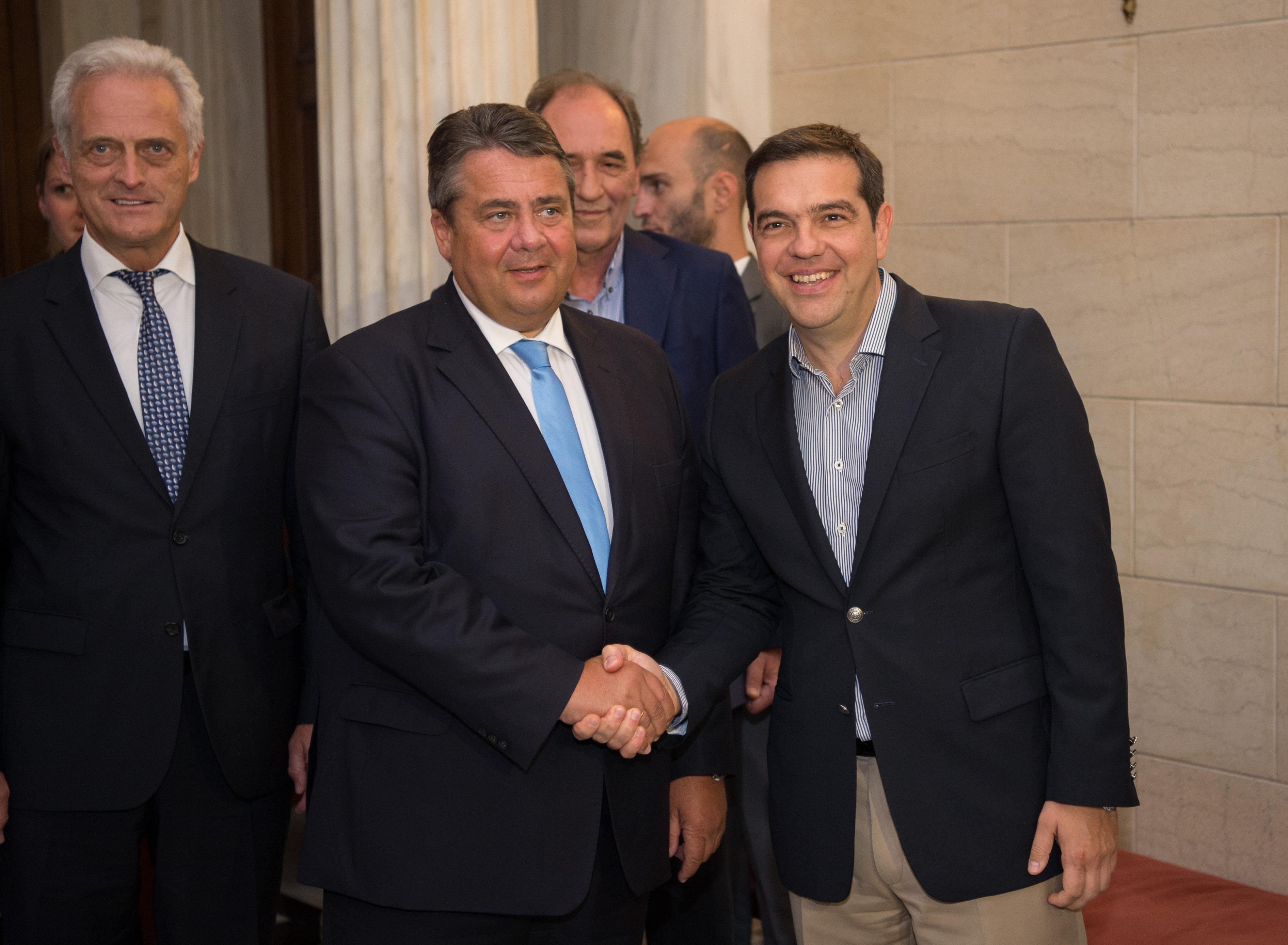 Megkaphatja a 2,8 milliárd eurós mentőcsomagot Görögország