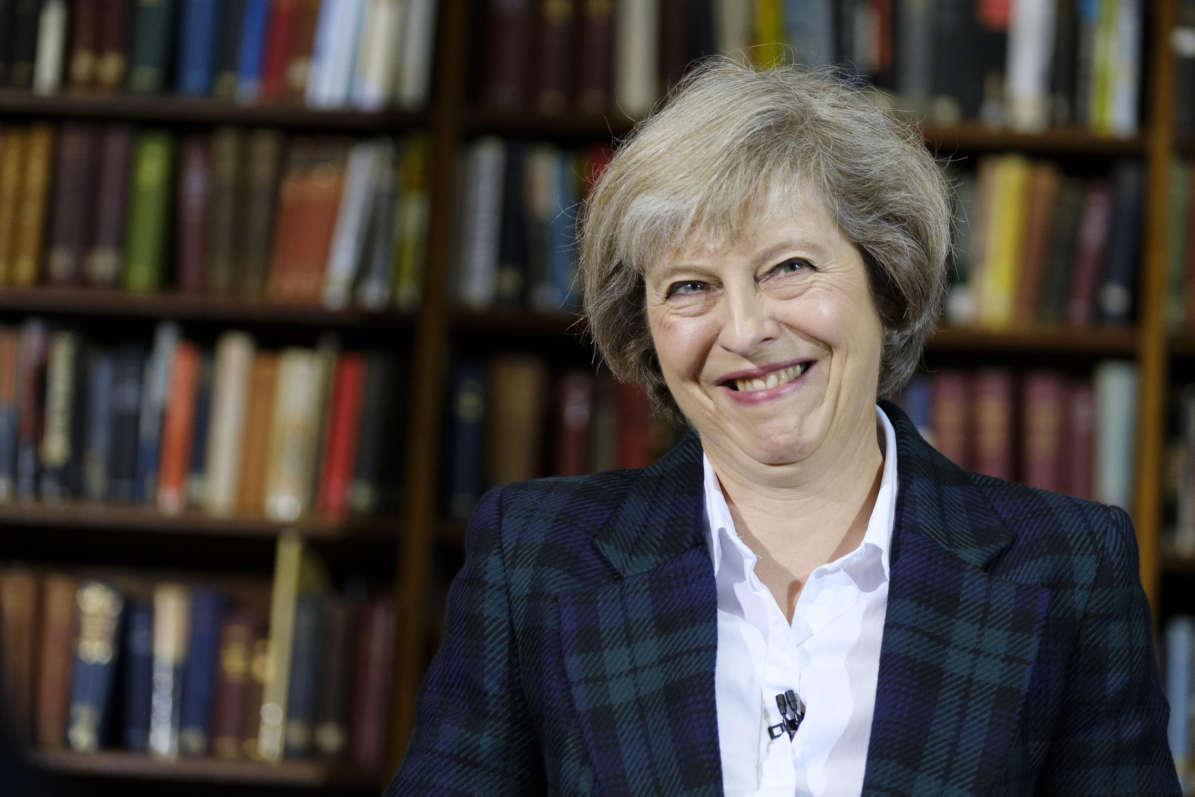 Üzent a Nagy-Britanniában élő EU-polgároknak a miniszterelnök-esélyes: bizonytalan a sorsotok
