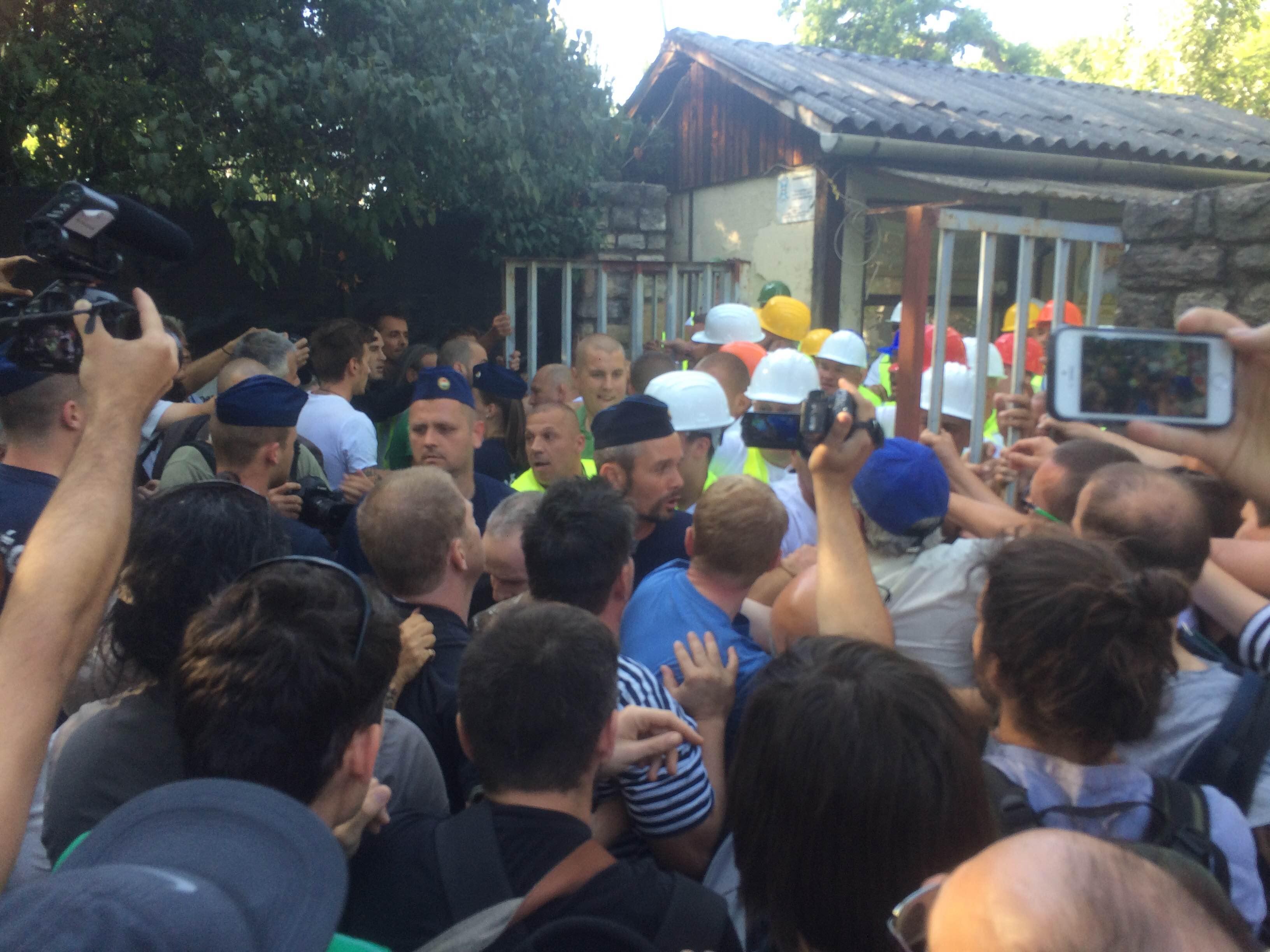 Liget-balhé: 100 óra közmunka a tüntetőknek, a kopaszok ellen eljárás sem indult