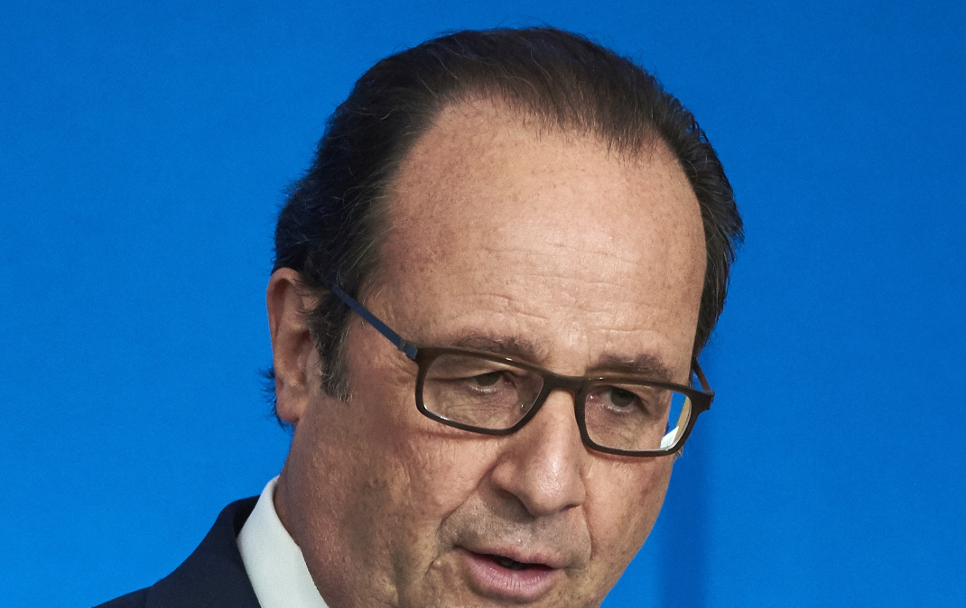 Francois Hollande fodrásza tízezer eurót keres havonta