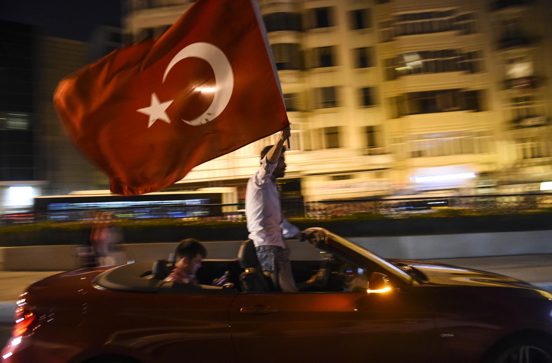 Egyetemi tanárok letartóztatását rendelték el Törökországban