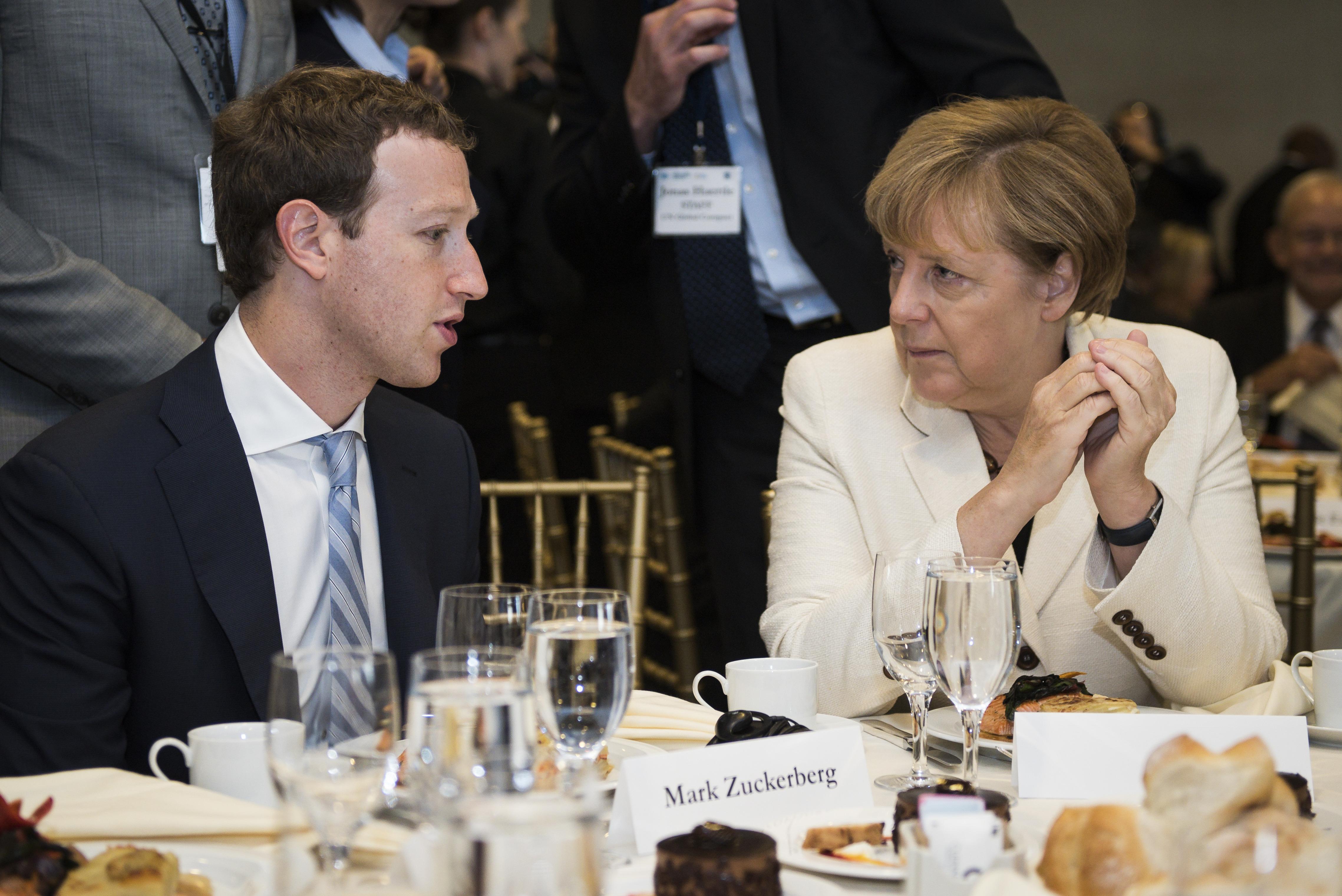 Németországban teszteli a kamuhír-szűrőjét a Facebook