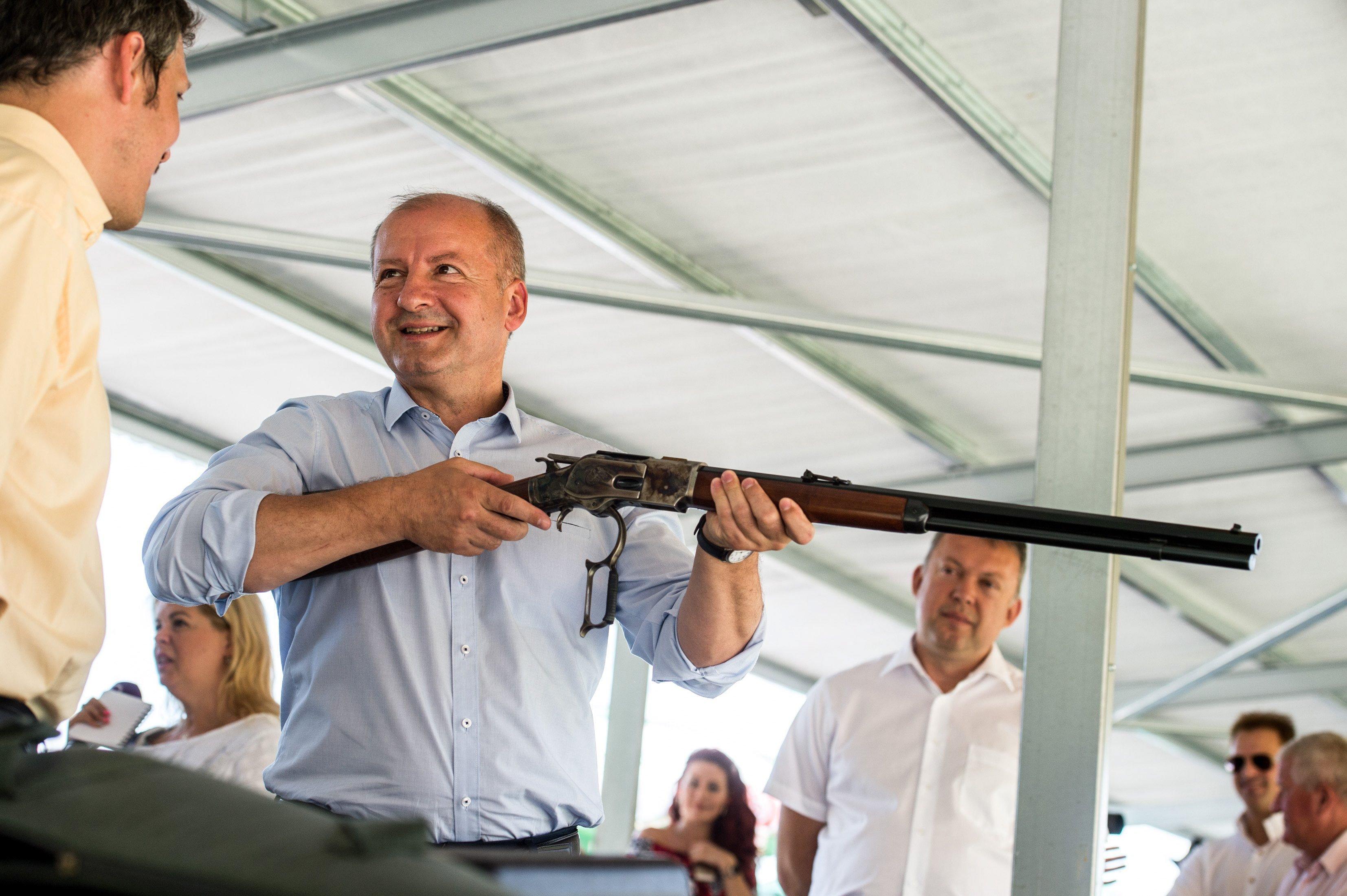 Nemzetgazdasági szempontból kiemelt jelentőségű ügy lett a lőtérprogram