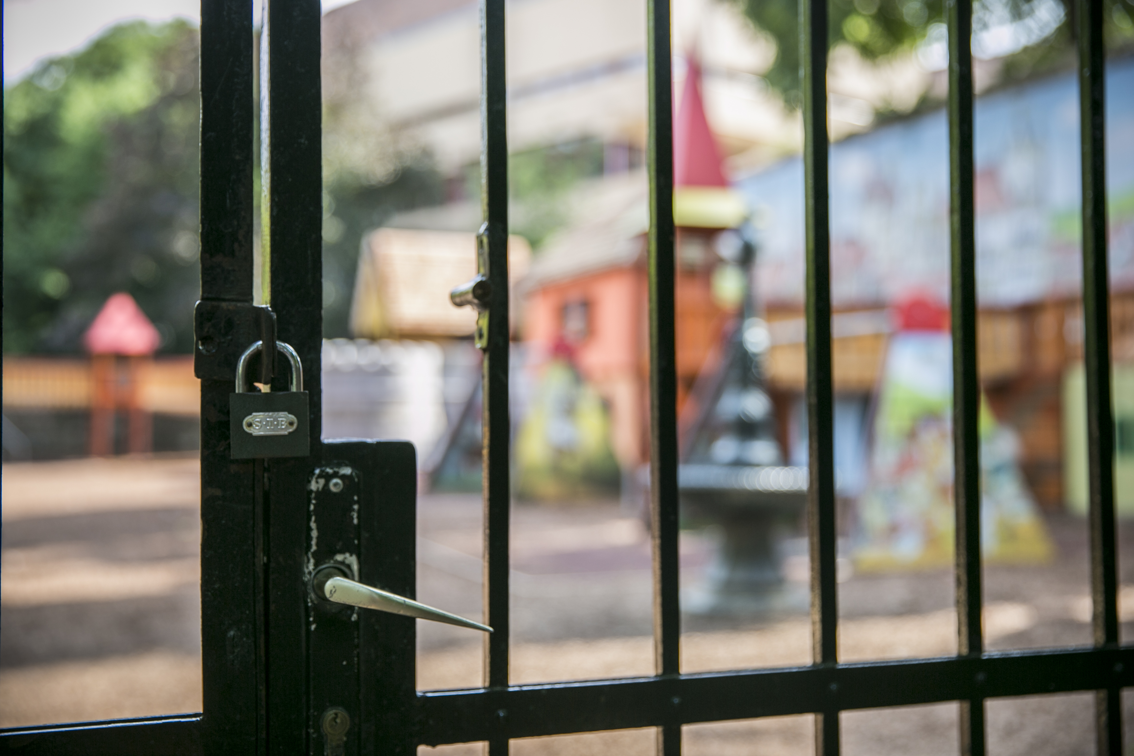 Az önkormányzat szerint minden rendben van a Várban bezárt játszótérrel, csak extrém terhelésnek volt kitéve