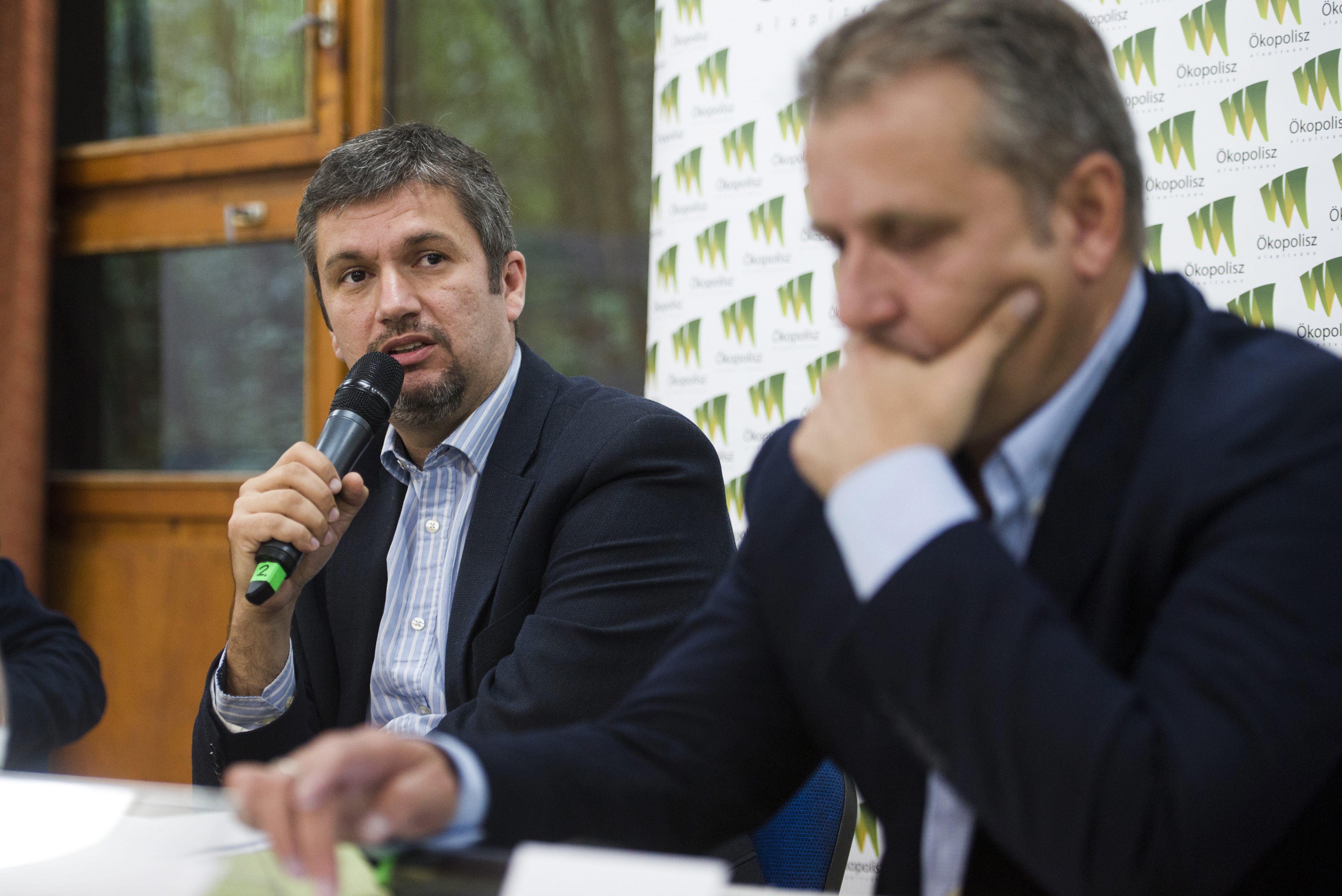 Csak az ellenzéki összefogástól tart a Fidesz