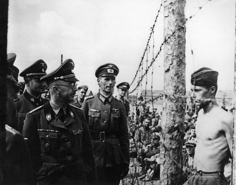 Himmler masszíroztatta magát és filmeket nézett, mielőtt halálba küldte a táborok lakóit