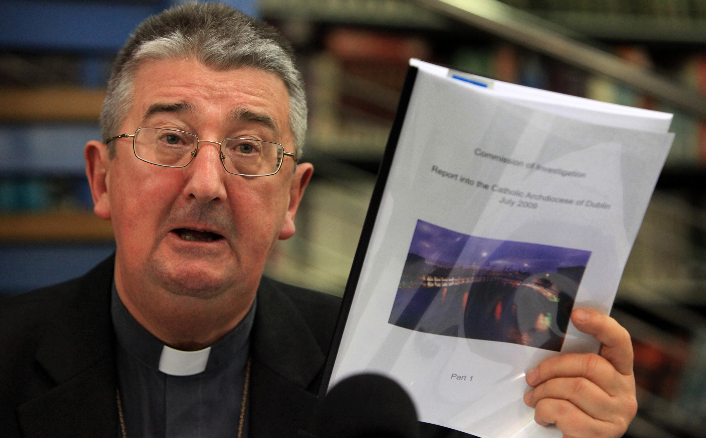 Dublin érseke nem küldi többé a diákjait Írország legrégebbi papi főiskolájába szexuális zaklatás, meleg szexkultúra és a Grindr használata miatt