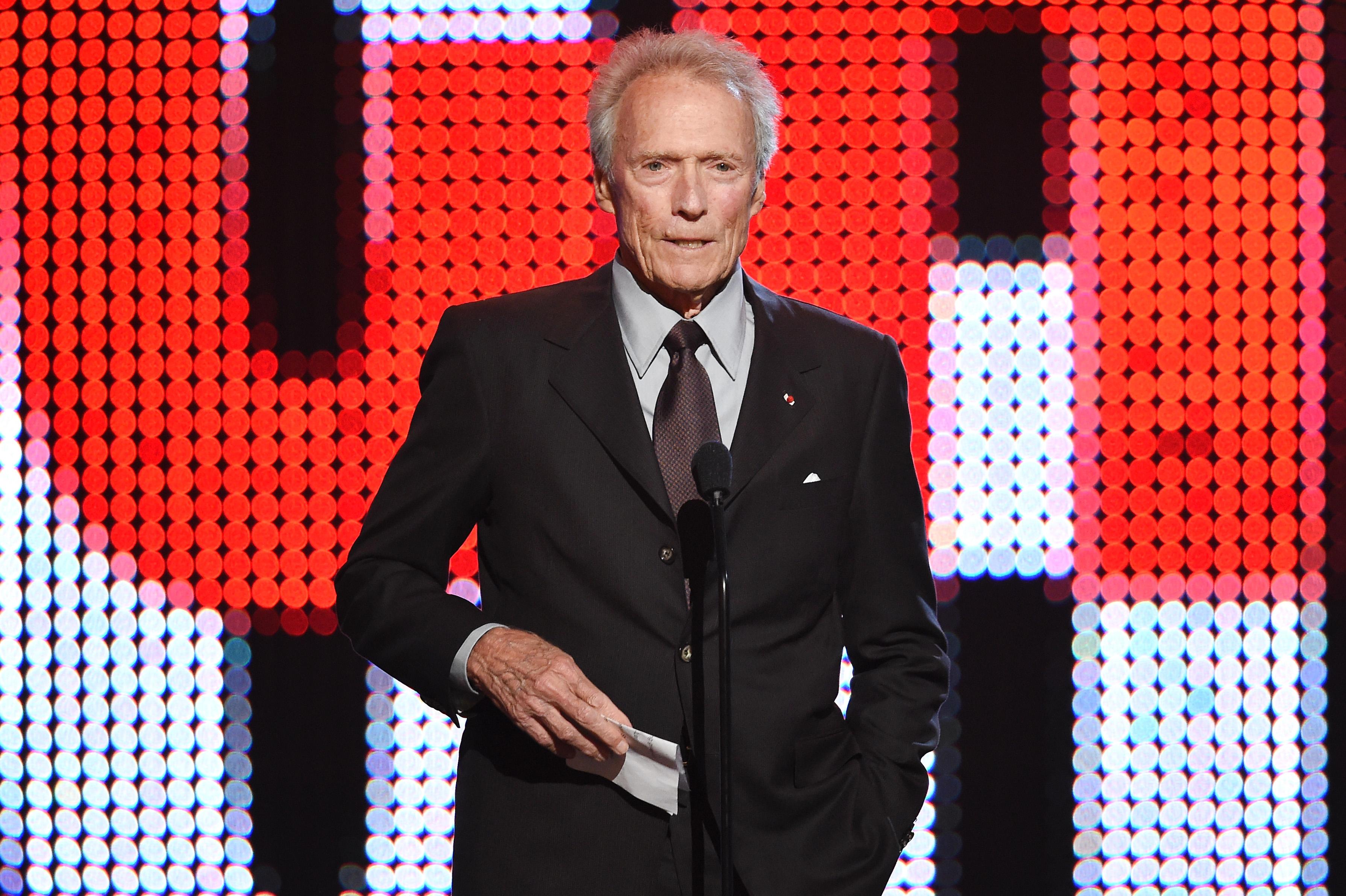 """Clint Eastwood szerint egy """"puhapöcs generációban"""" élünk"""