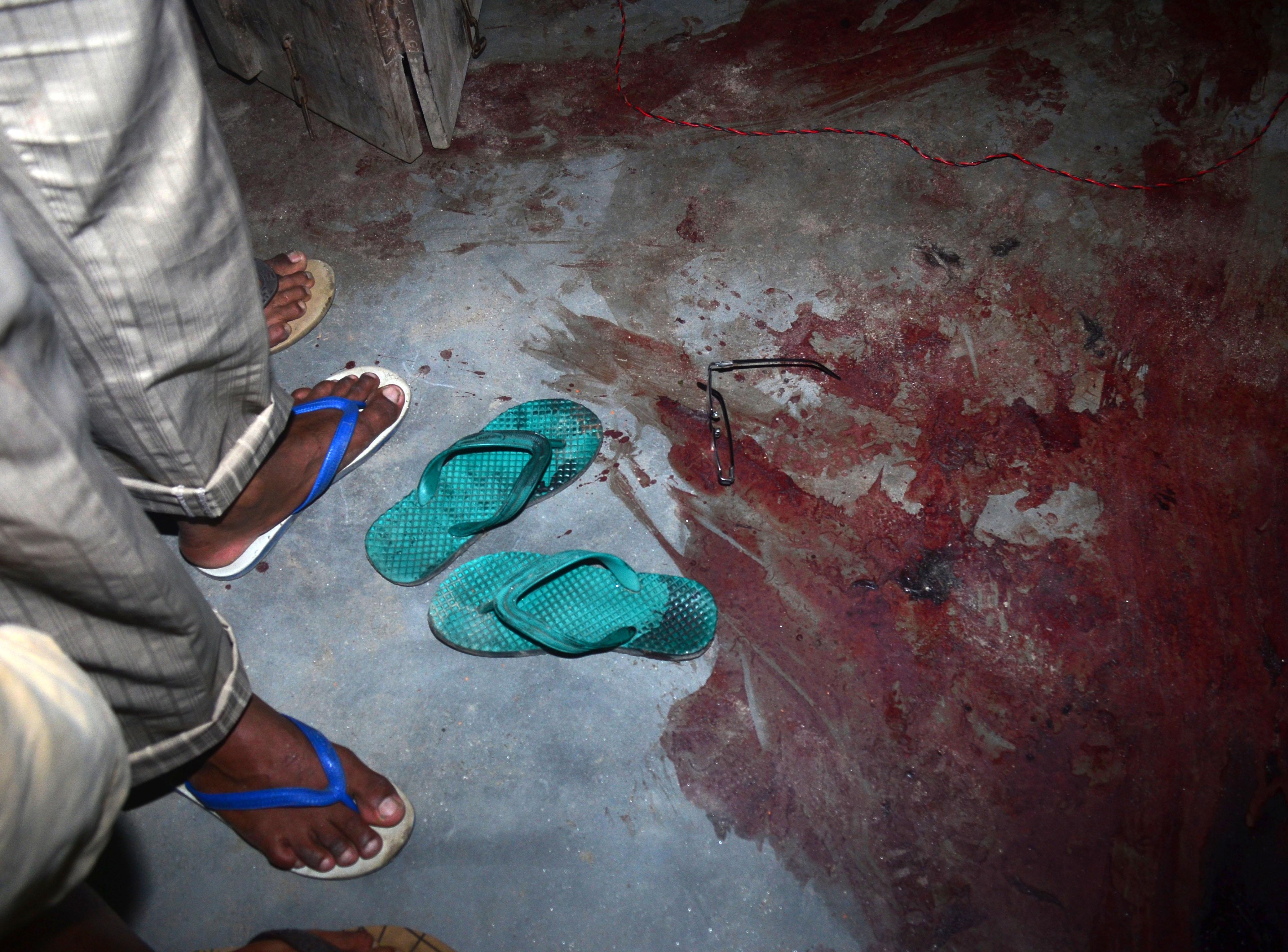 Fegyverekkel és gránátokkal támadtak a lázadók egy tömött piacra Indiában