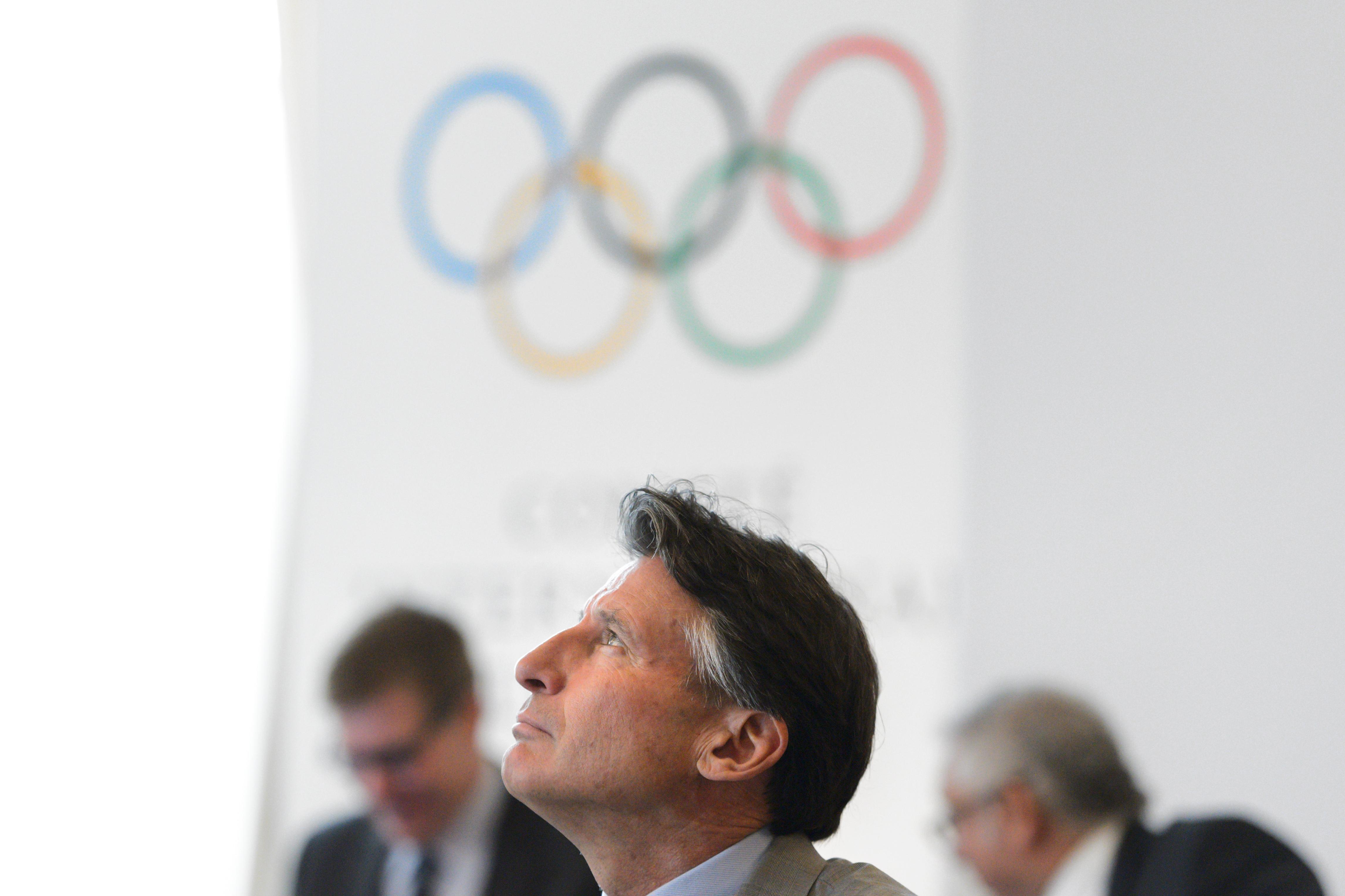 Mióta eltiltották az orosz sportolókat, rendszeresen kap fenyegetéseket a Nemzetközi Atlétikai Szövetség elnöke