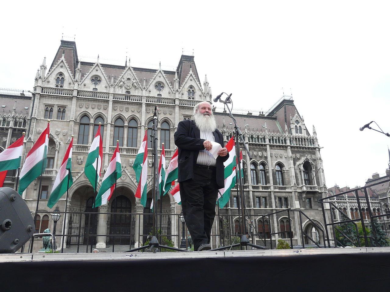 A Magyarországi Evangéliumi Testvérközösség petícióval tiltakozik a gyöngyöspatai romákat ért újabb politikai támadás miatt