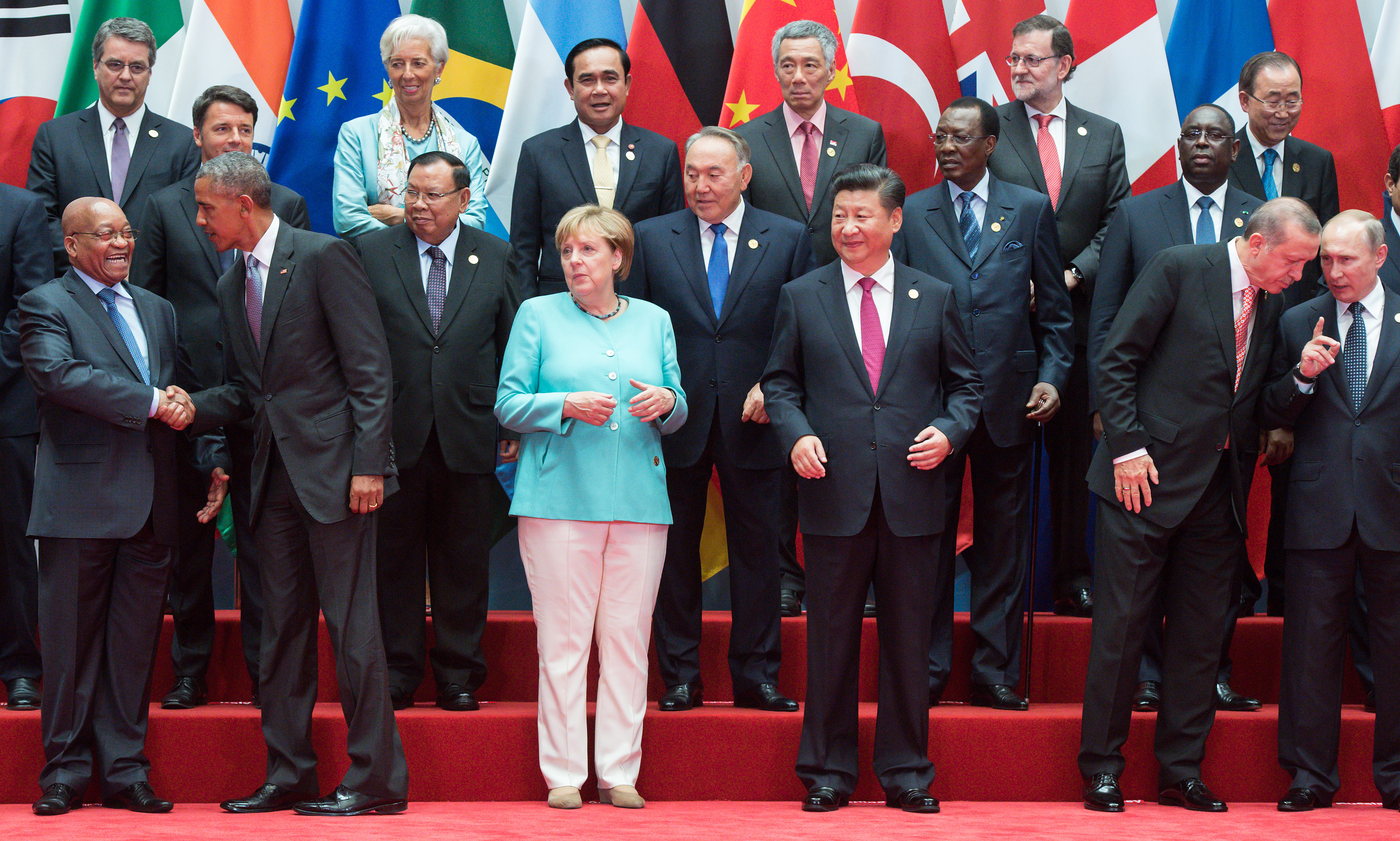 Pont akkora a káosz ezen a G20-as képen, mint a világban általában