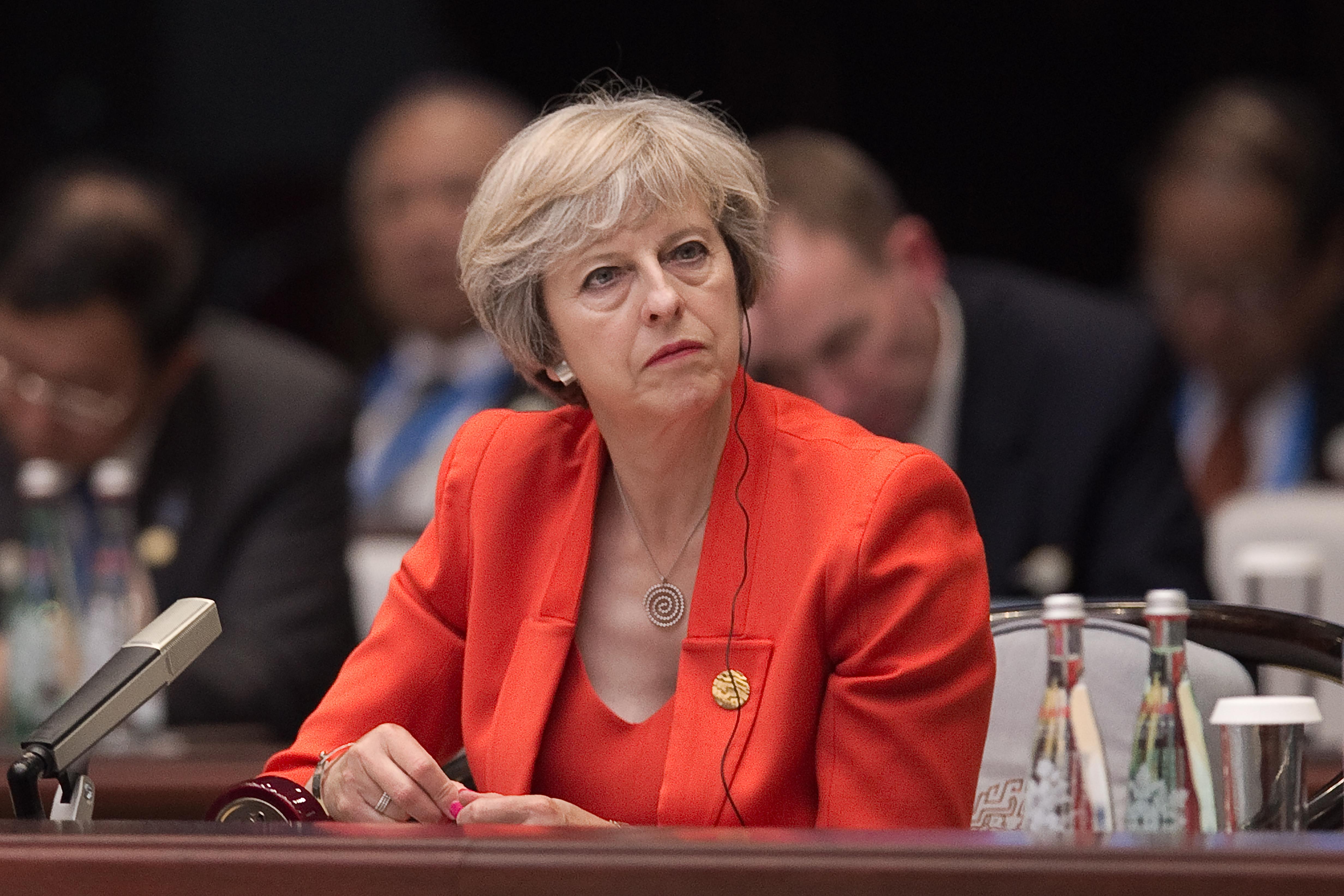 Kínai kémnőktől félnek a britek a G20-on
