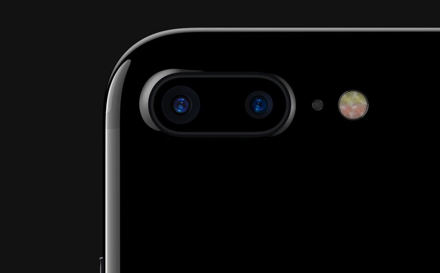 Az Apple vezeték nélküli fülest is kínál az új iPhonehoz