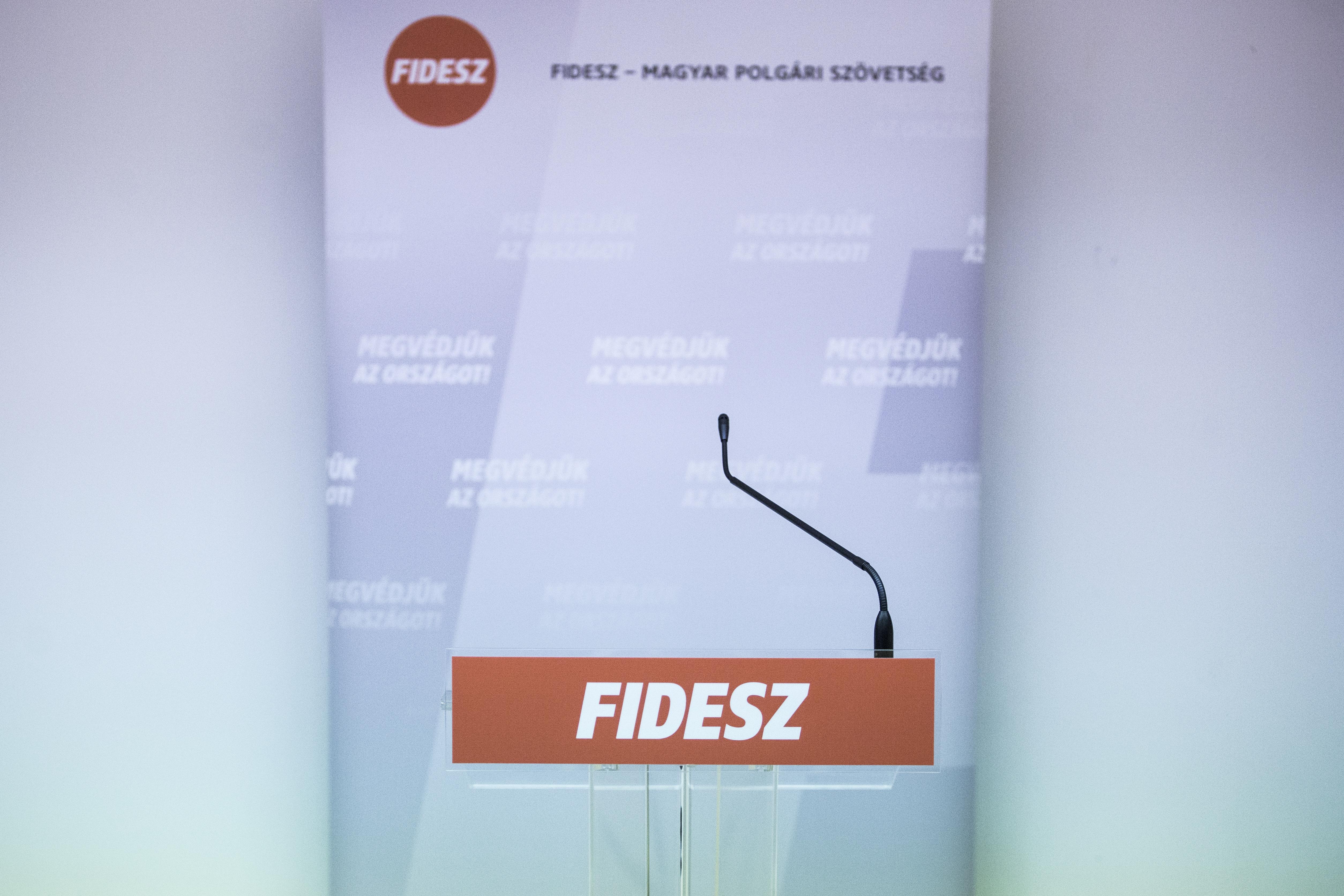 Félmilliárdos mínuszban zárta a tavalyi évet a Fidesz