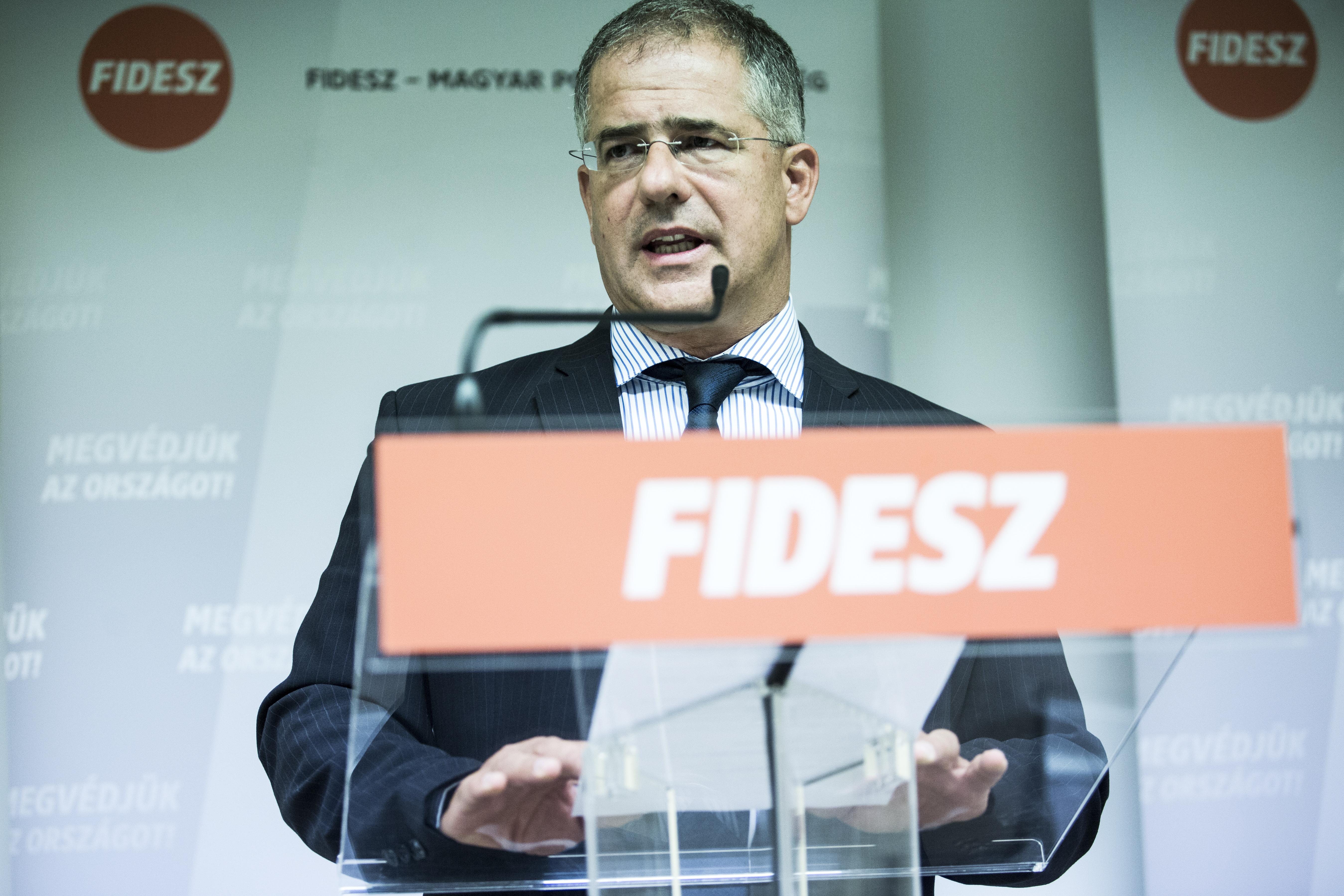Fidesz: Politikai döntés született + Soros