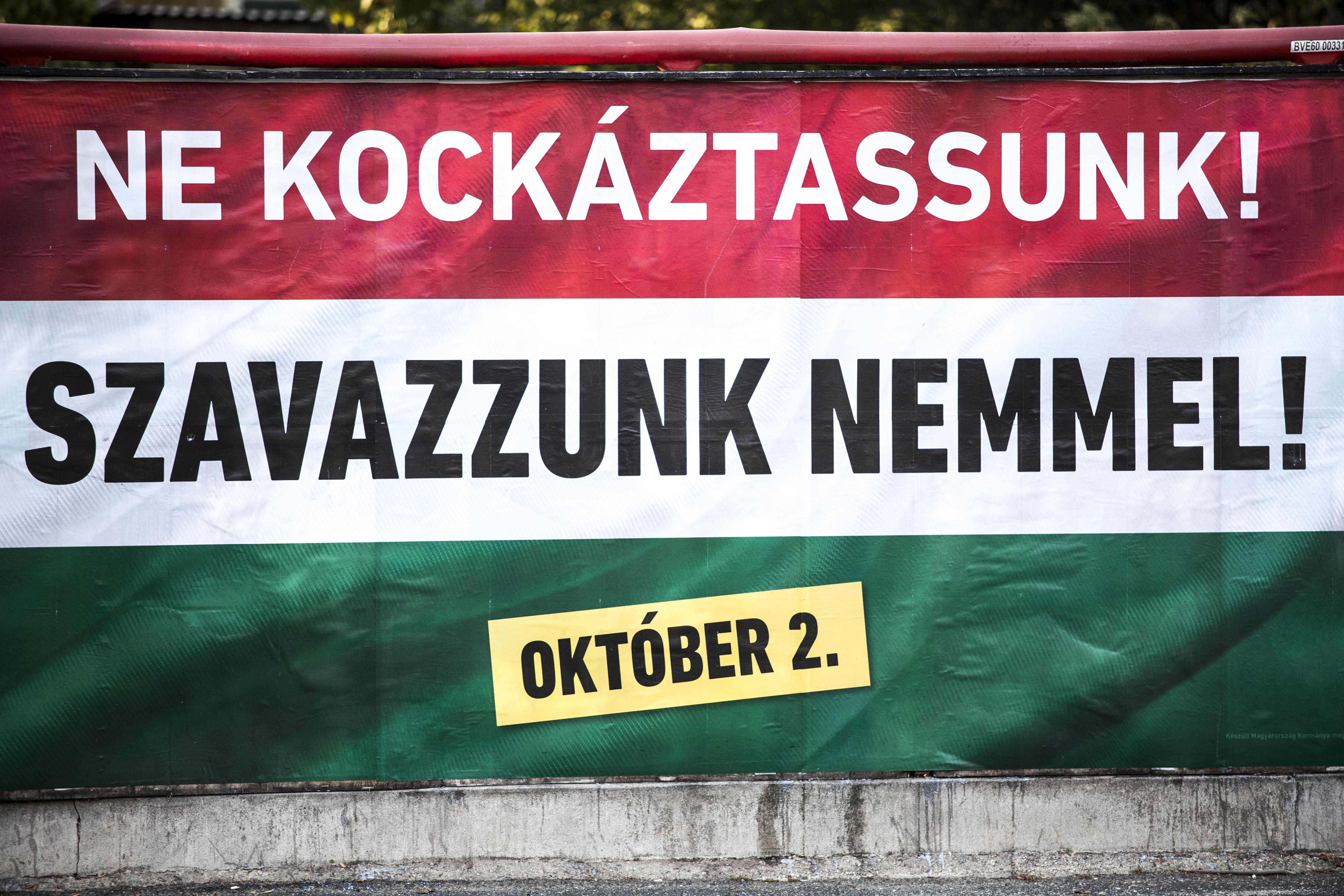A Kúria jogsértőnek találta a kormány népszavazásra buzdító hirdetéseit