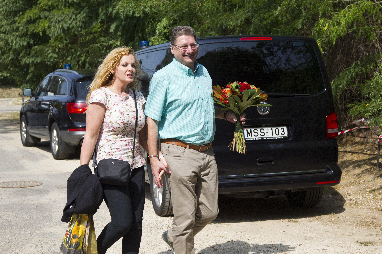 Parragh László Matolcsyért rajongó felesége tényleg bekerült az MNB Monetáris Tanácsába