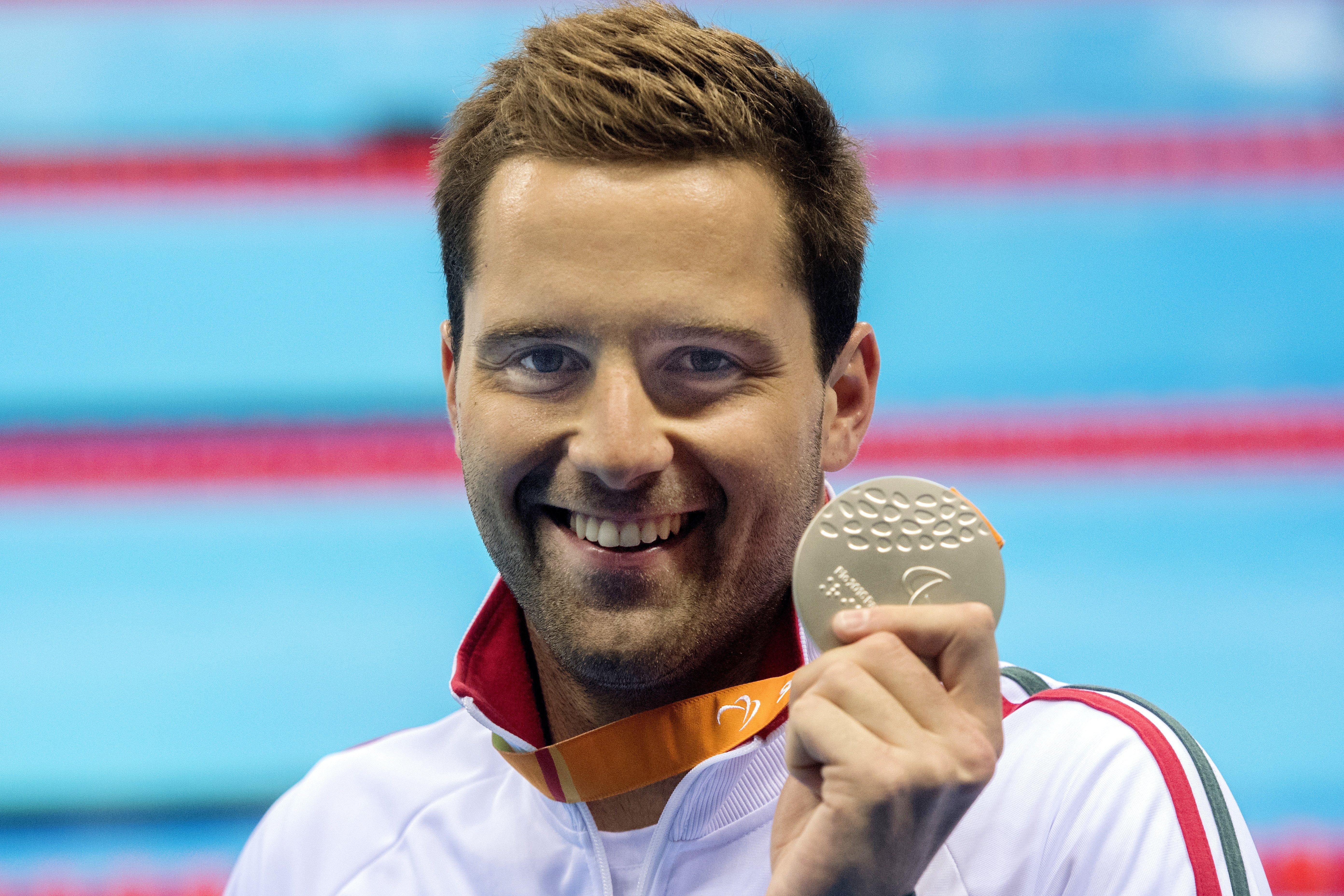 Sors Tamás ezüstérmet szerzett  200 méter vegyesen