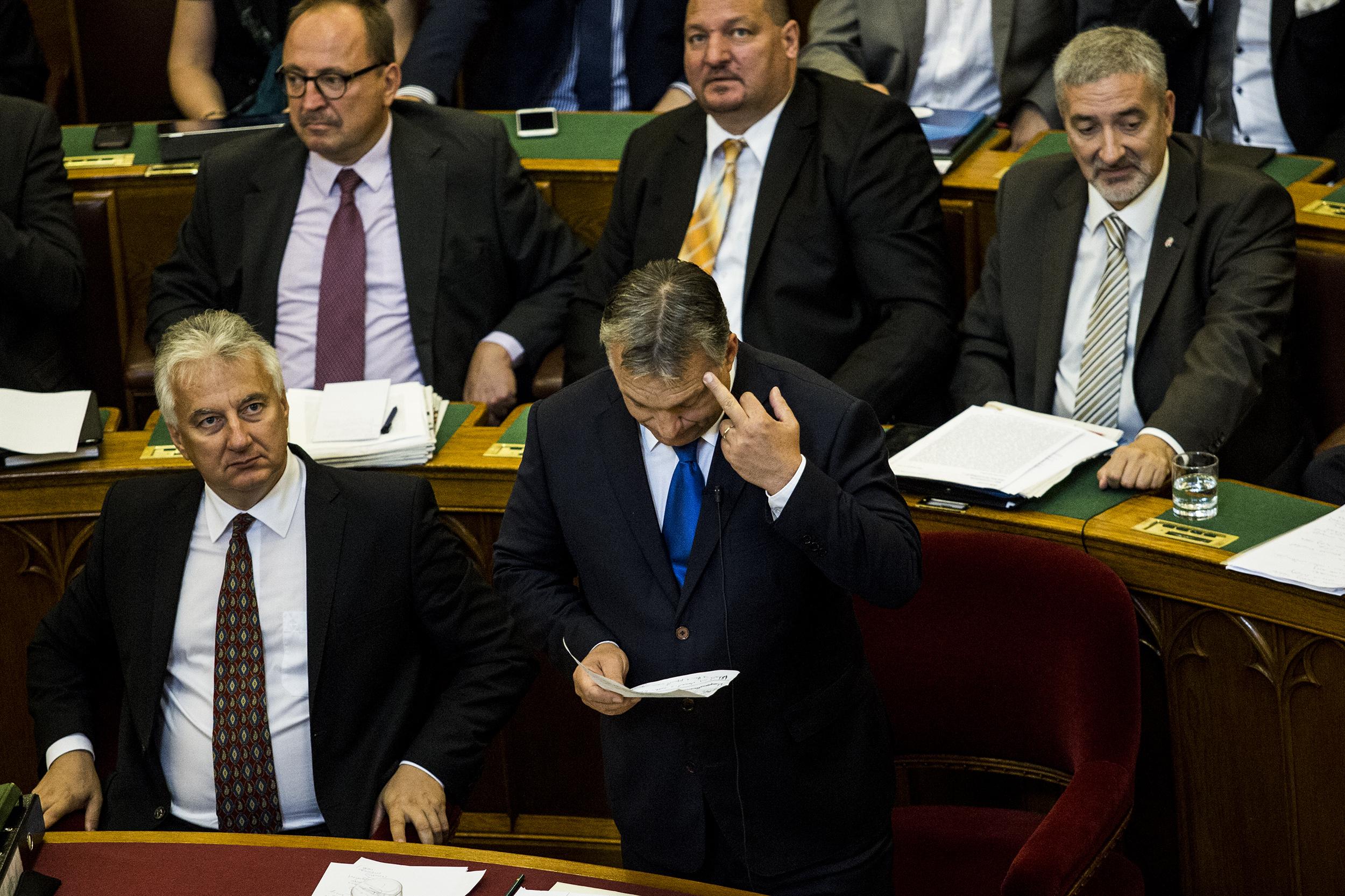 Ilyen az, amikor üzembe helyezi magát a nagy visszavágások mestere, az Orbán-kormány