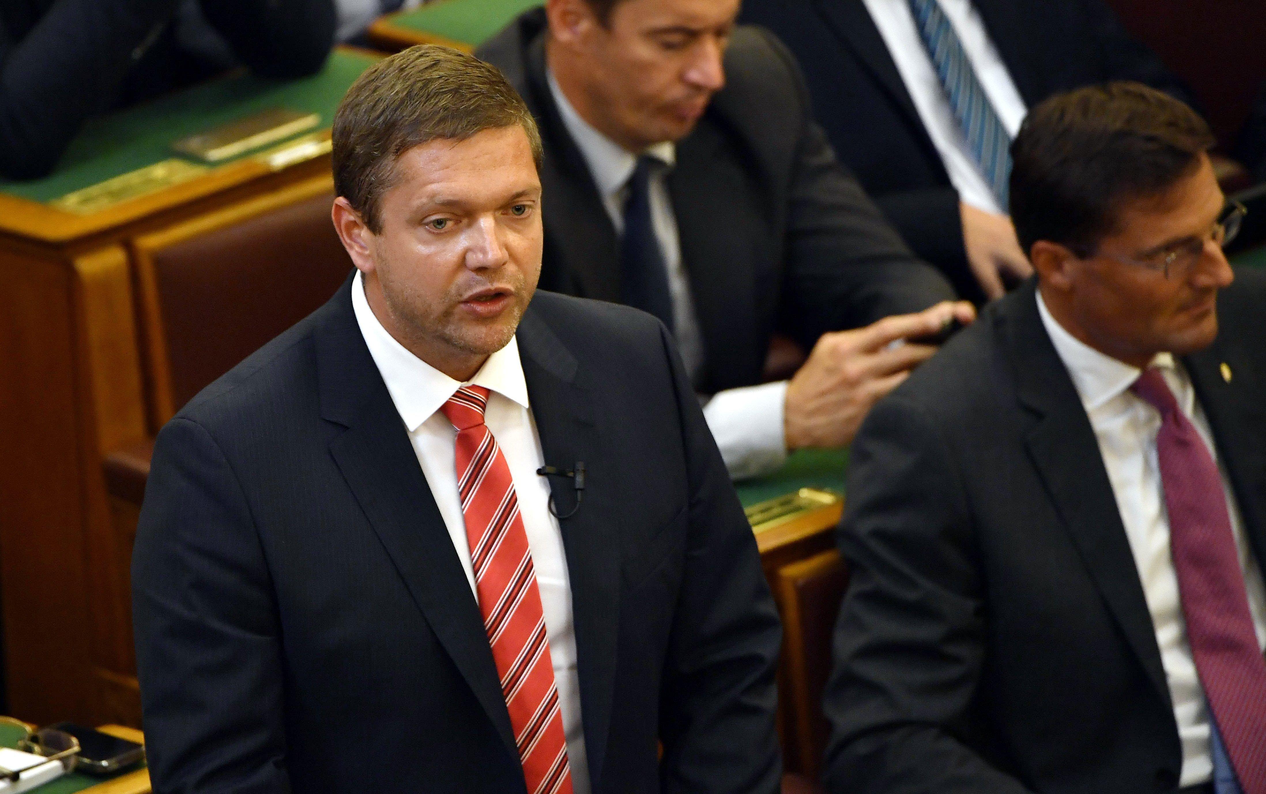 MSZP: Orbán minden idők legdrágább szavazását bukta el
