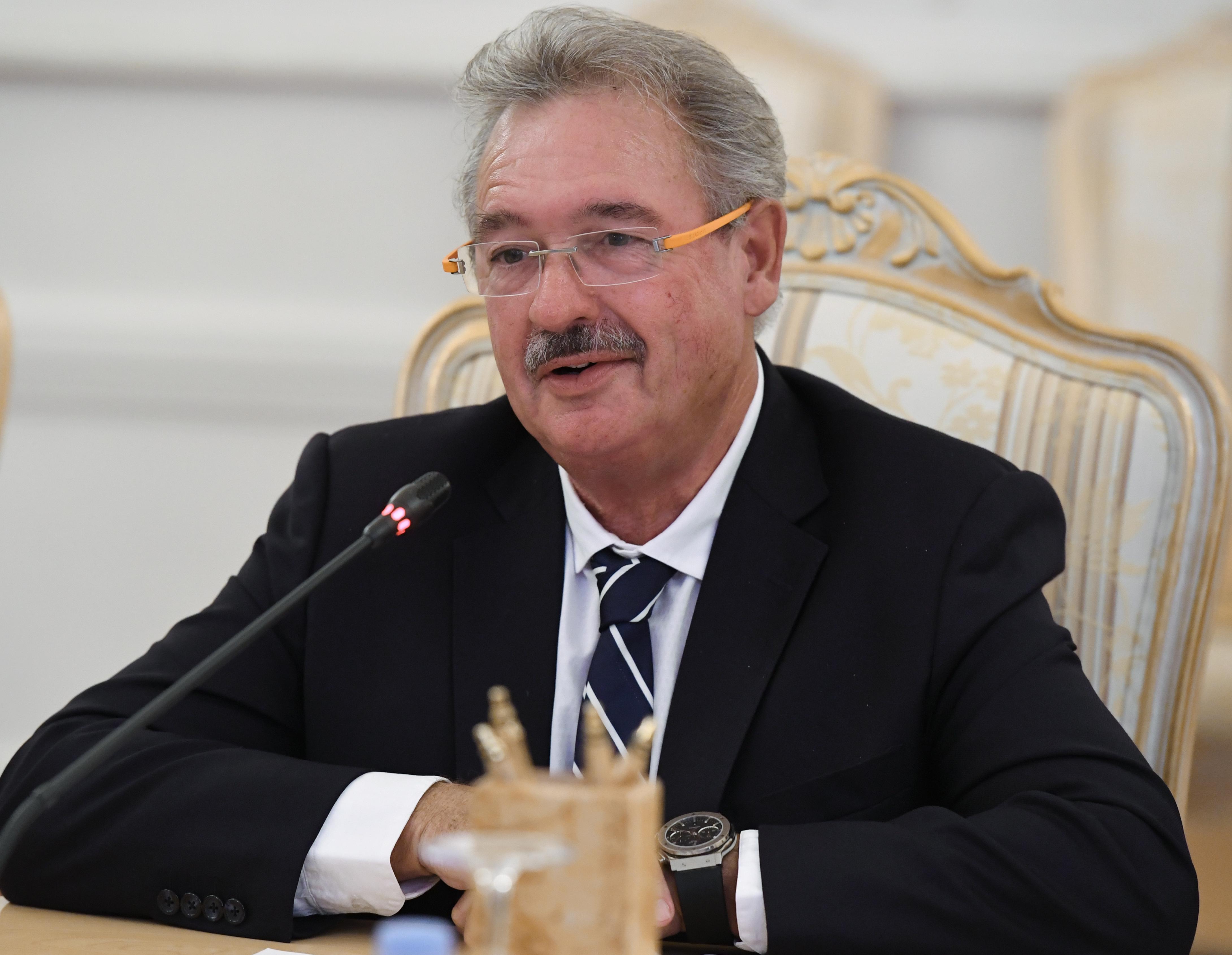 A luxemburgi külügyminiszter szerint a magyarok európaiabbak kormányuknál