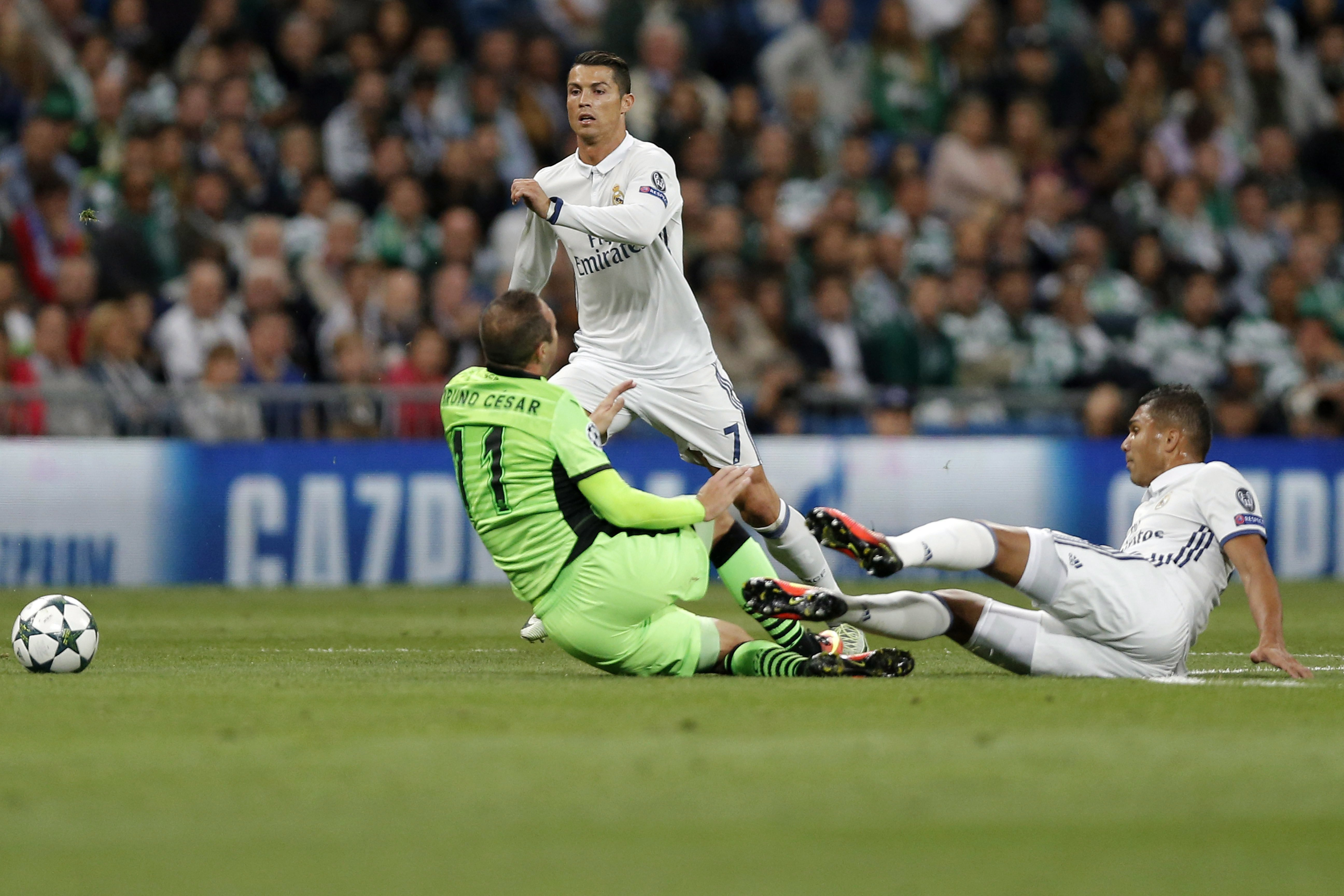 Cristiano Ronaldo 2021-ig Madridban marad