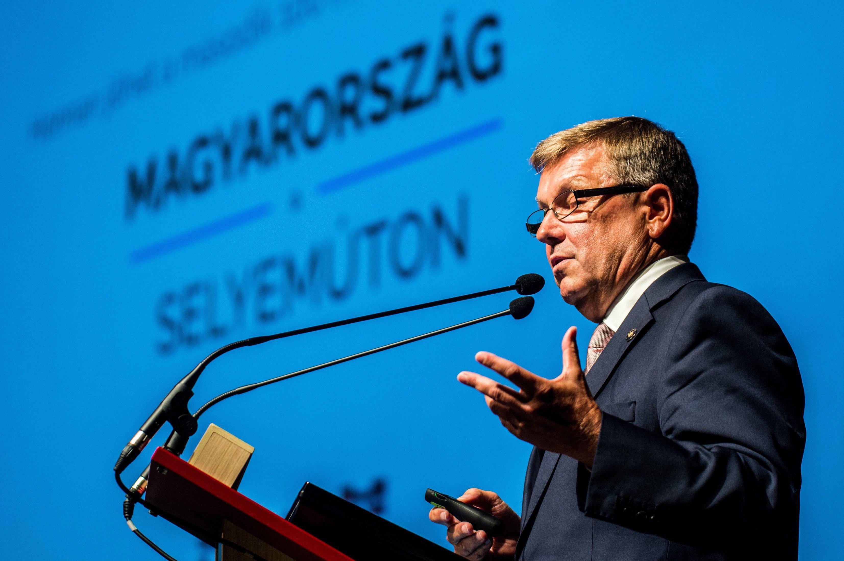 Brüsszel nem fogadja el a magyar adósság számait