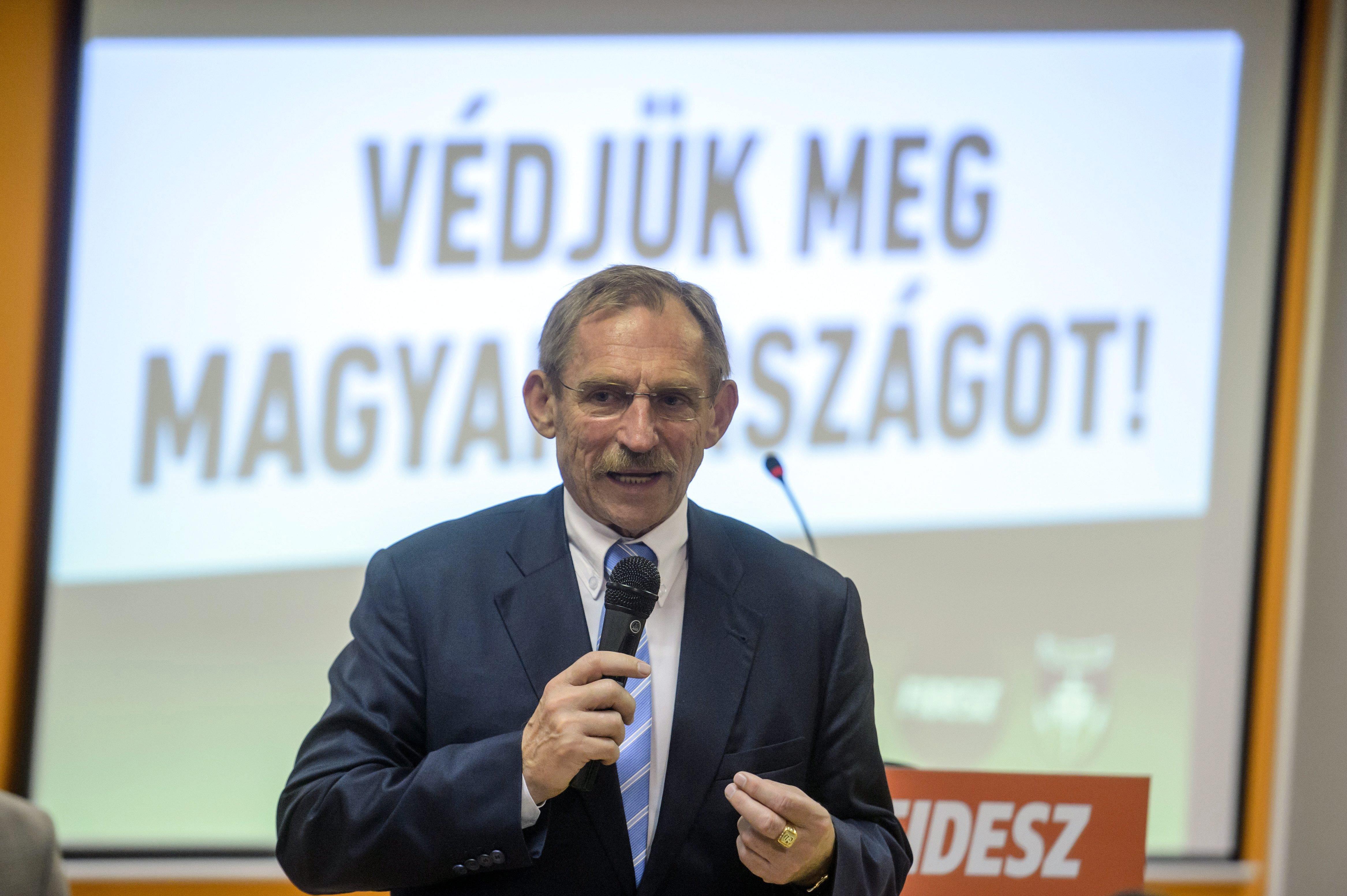 5 dolog, amit megtanultunk a magyar újságíró elleni titkosszolgálati akcióból