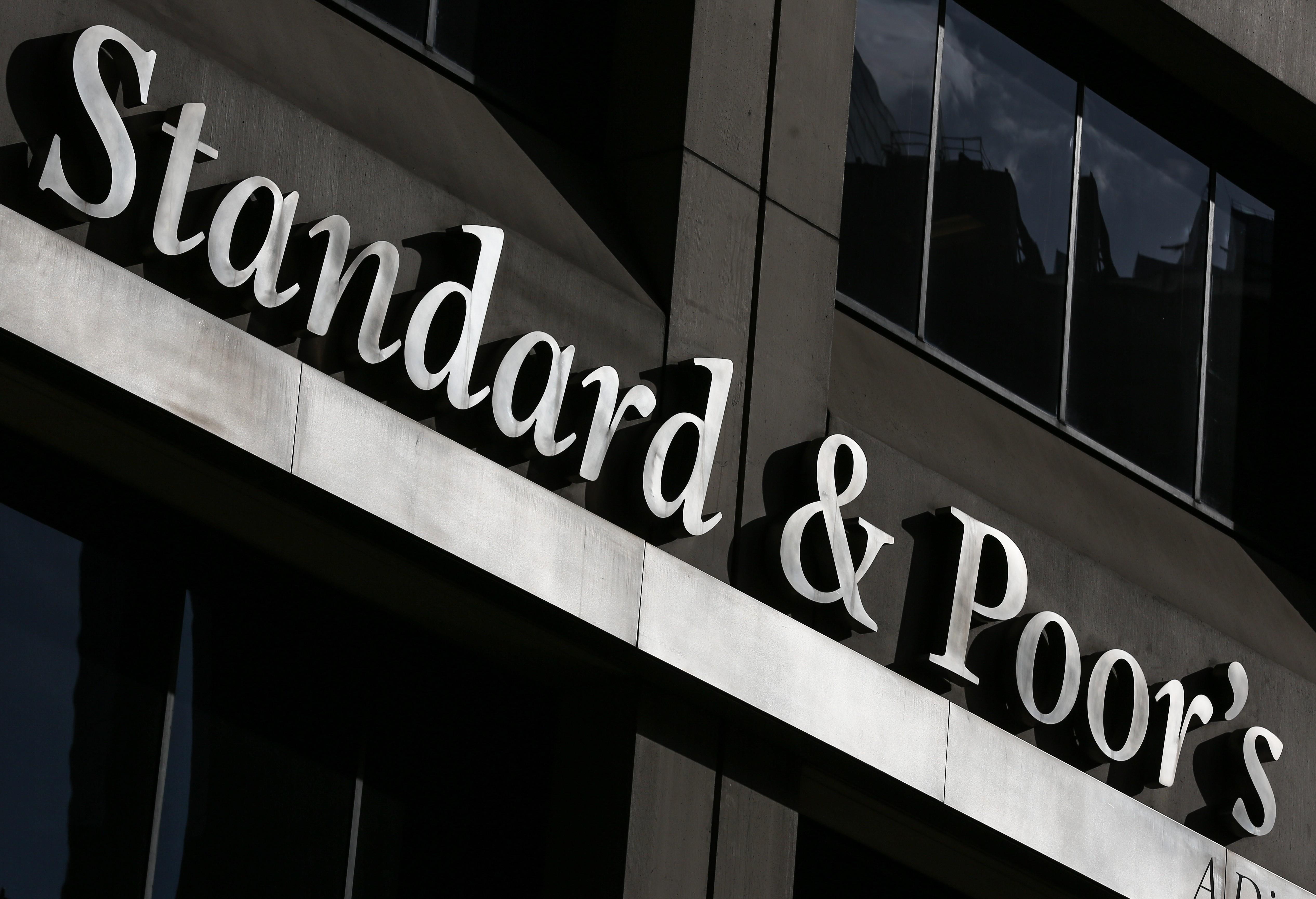 Felminősítette Magyarországot a Standard & Poor's