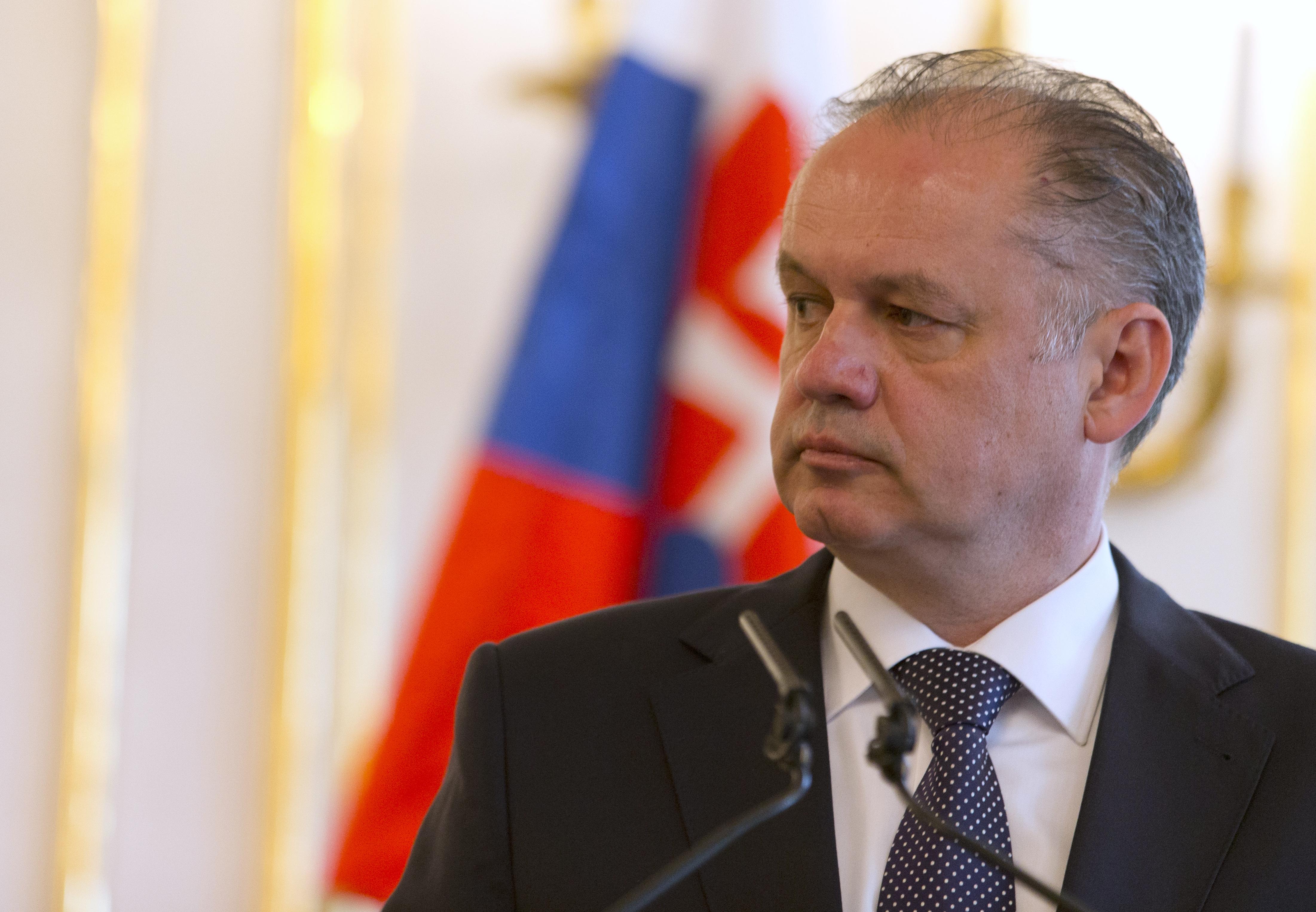A szlovák elnök megvétózta a magyar himnusz eléneklését tiltó törvényt