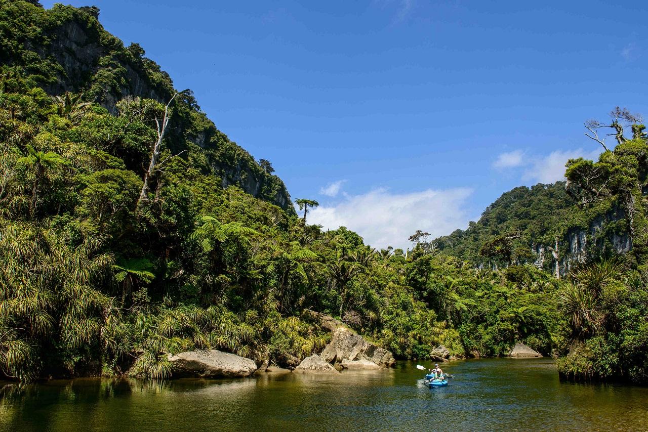 Bekattant a francia turista, mert sikertelenül stoppolt négy napon át Új-Zélandon