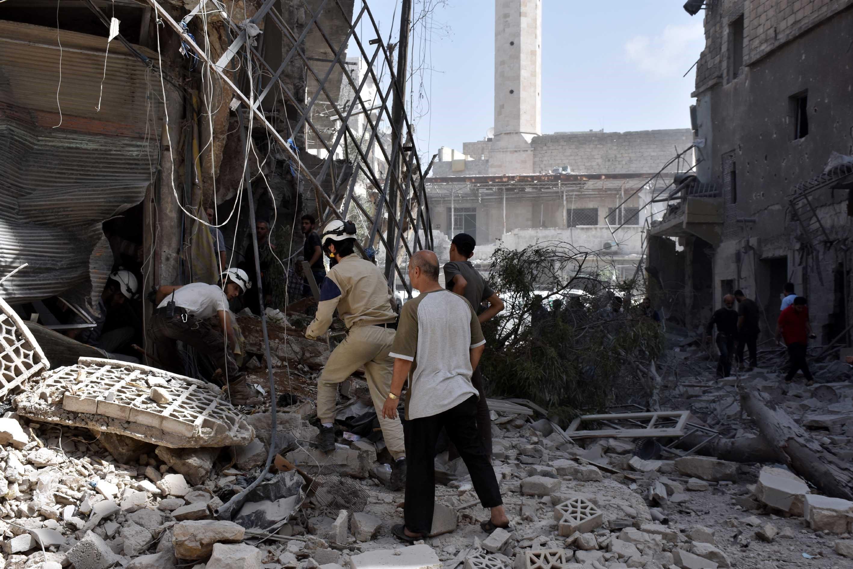 Kerry repülésmentes zónákat akar Szíria fölé