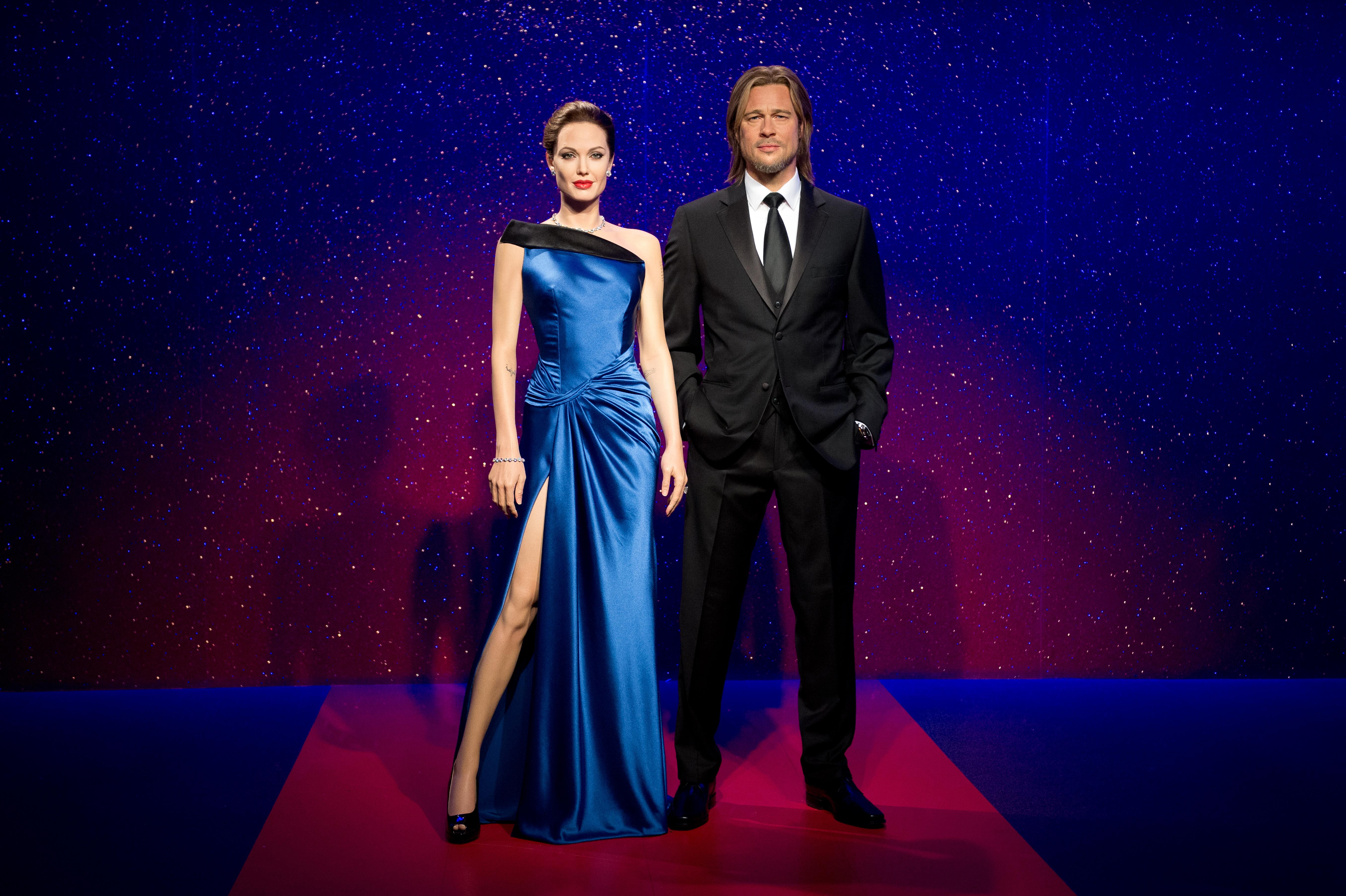 Elválasztották Angelina Jolie és Brad Pitt viaszszobrát
