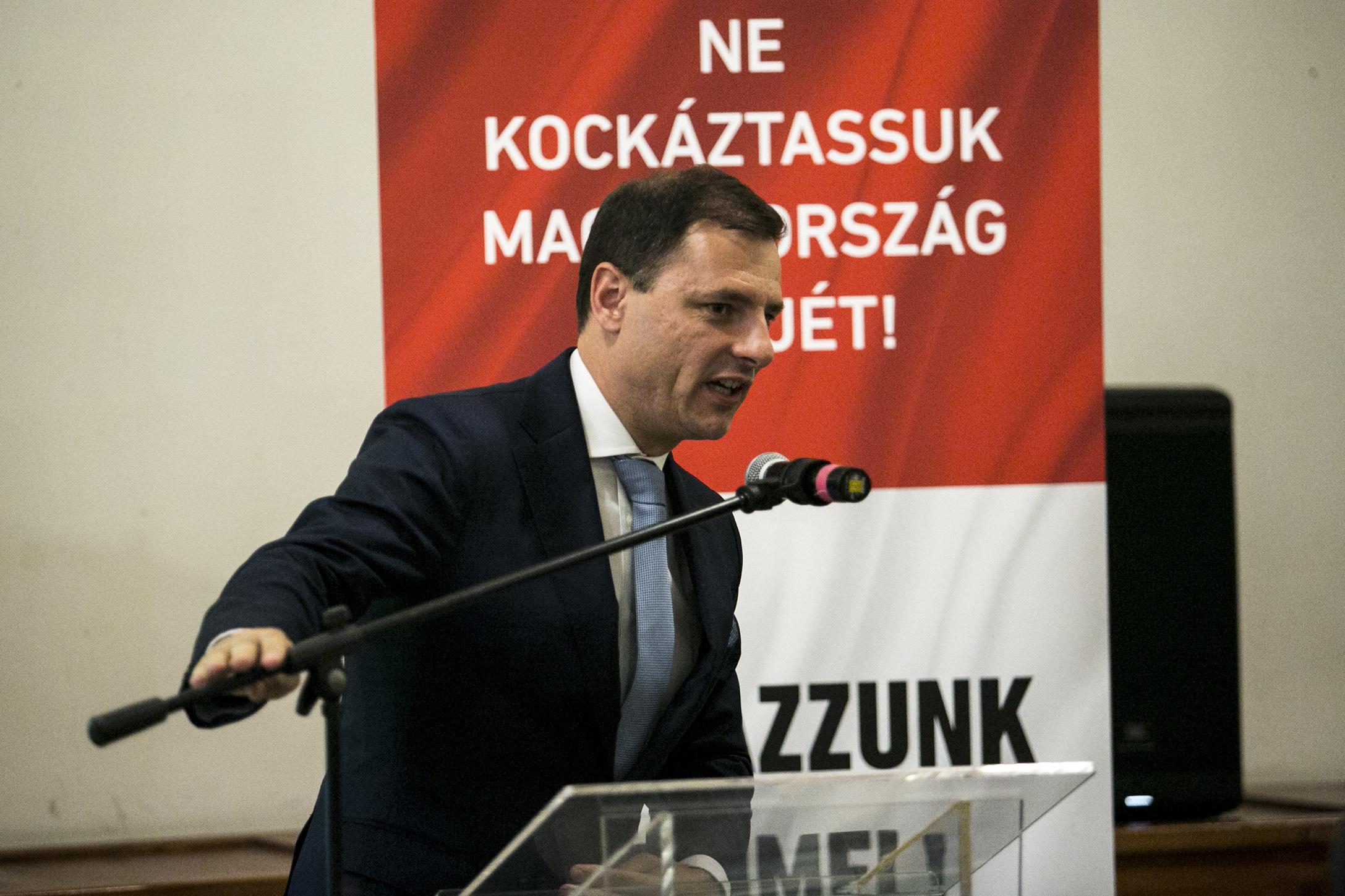Tuzson Bence szerint nem a Fidesz, hanem 3,3 millió nemmel szavazó kéri az alaptörvény módosítását