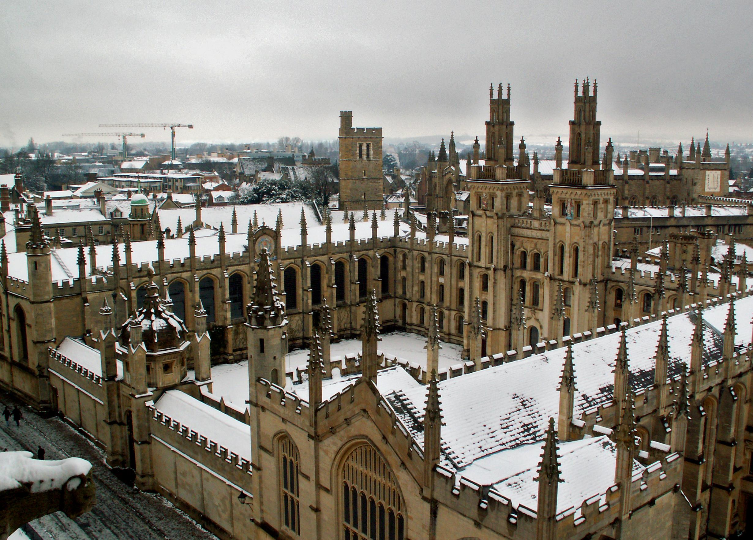 Brit tudósok szerint az Oxford a világ legjobb egyeteme